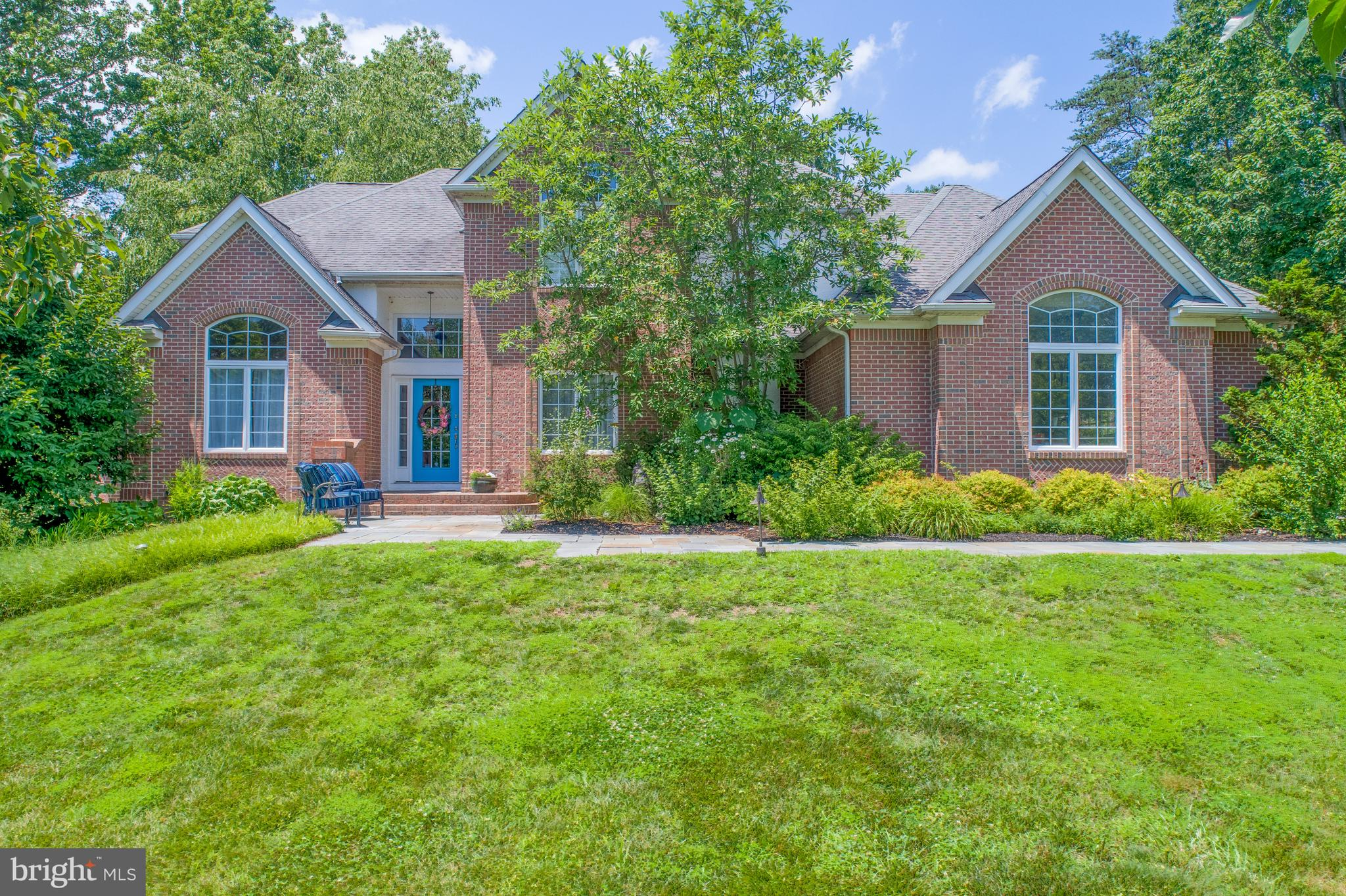 Visit this home virtually: http://www.vht.com/434079805/IDXS - SUPERB HOME IN WOODHOLME!!!-  Five be