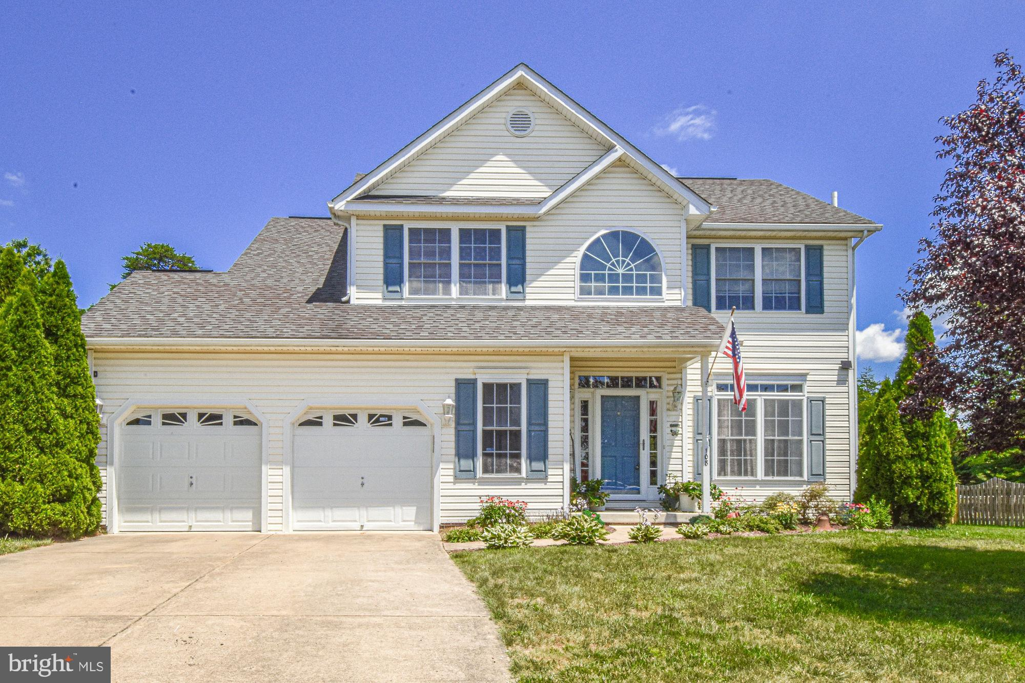 Welcome home to this 4 bed, 2.5 bath home on .37 acres in the coveted Canter Estates. This home has