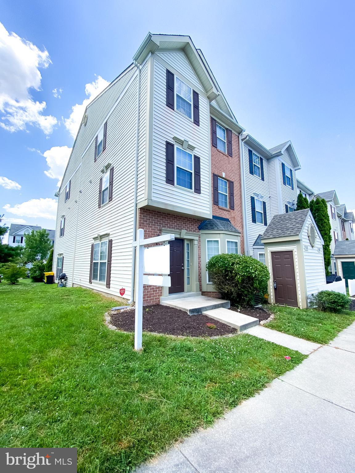 Gorgeous 3 level town home with 3 bedrooms and 2 full baths  located minutes to Fort Meade and the M