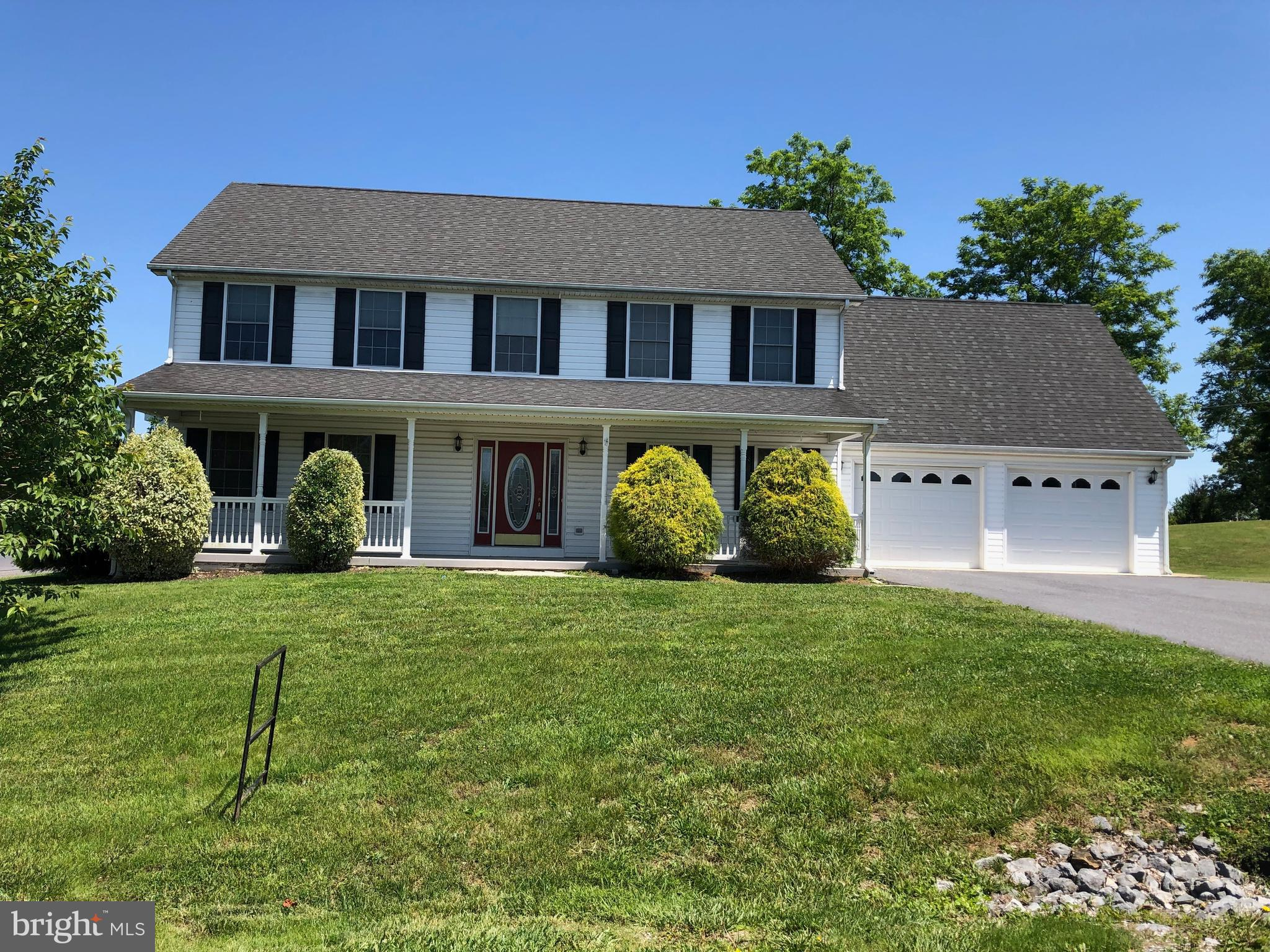 Freshly painted throughout, new carpet and vinyl throughout, this 5 bedroom colonial is move in read