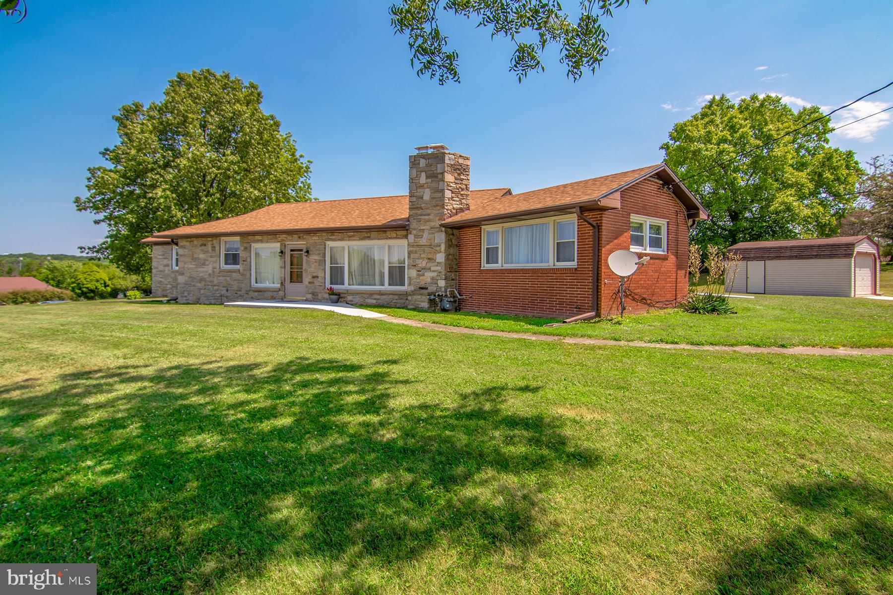 Lovingly updated rancher listed well below appraised value! This home screams pride of ownership thr