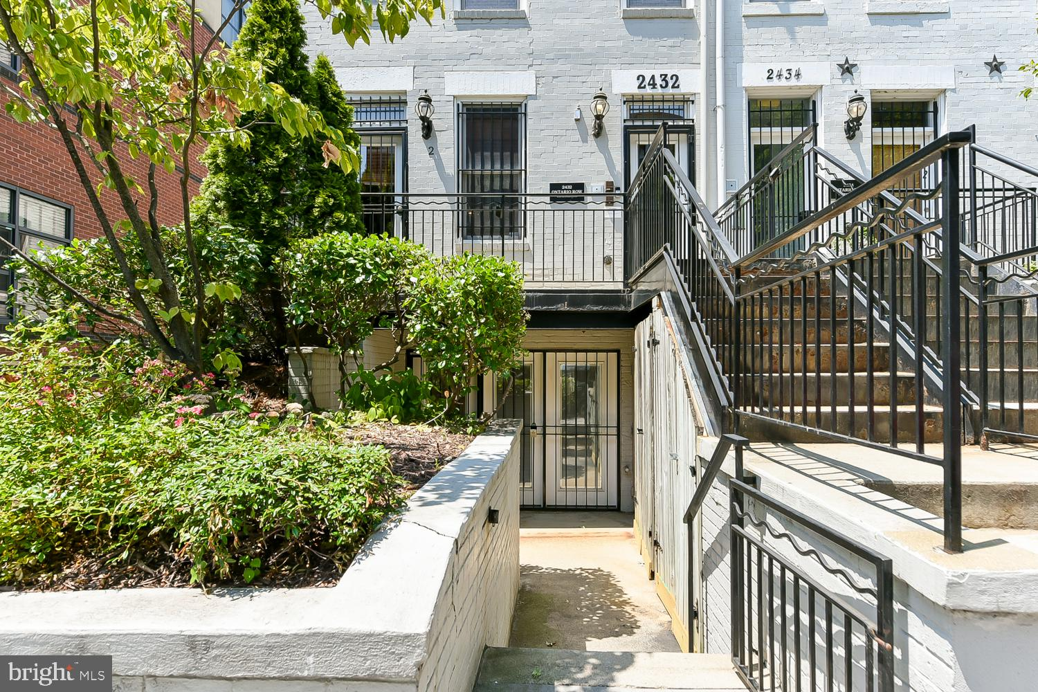 Don~t miss this extra bright lower level 2 bedroom, 2 bath condo in the heart of Adams Morgan! This
