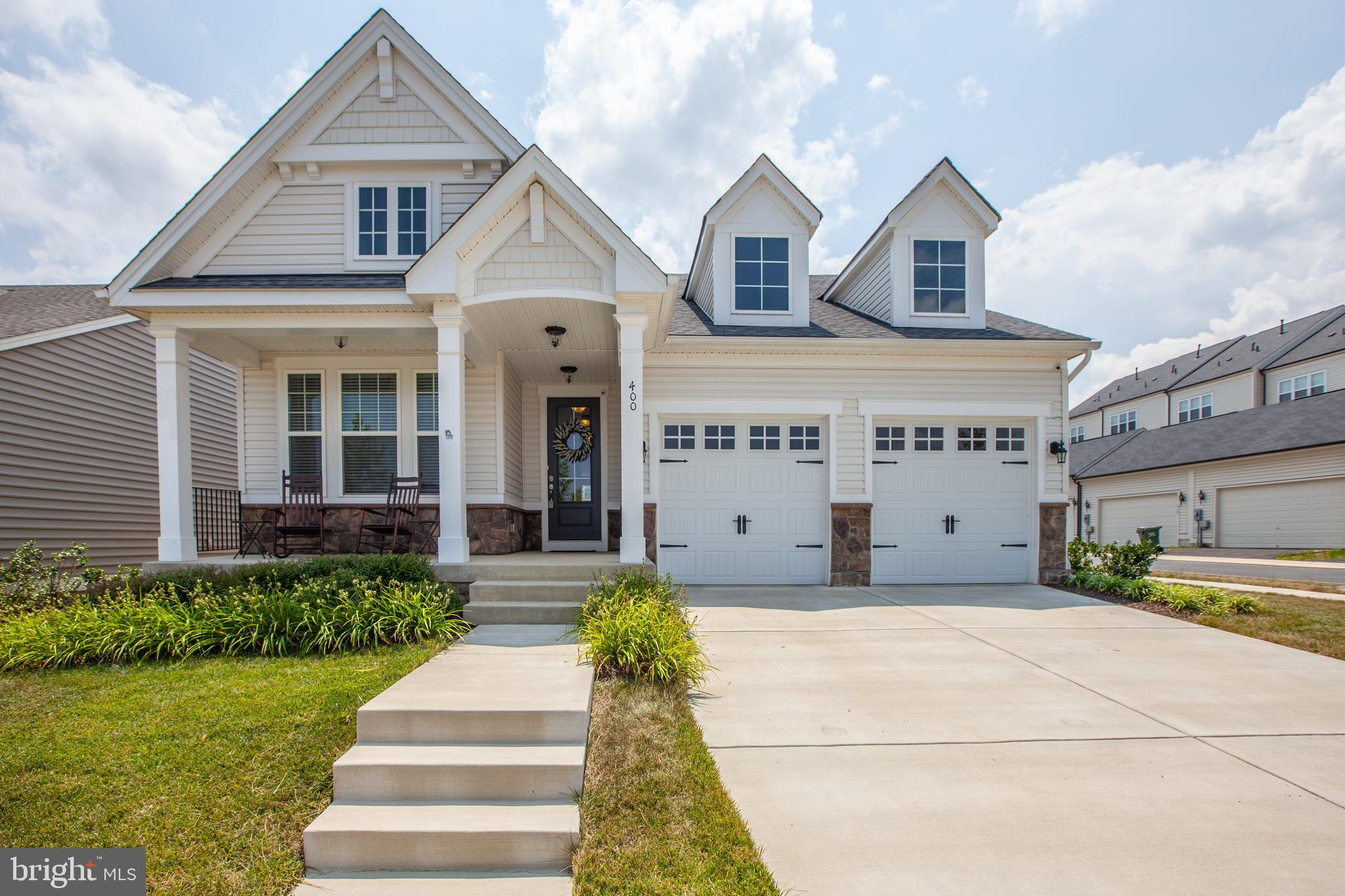 Almost new in Embrey Mill!   No need to build to be in this amenity rich community. Sought after mai
