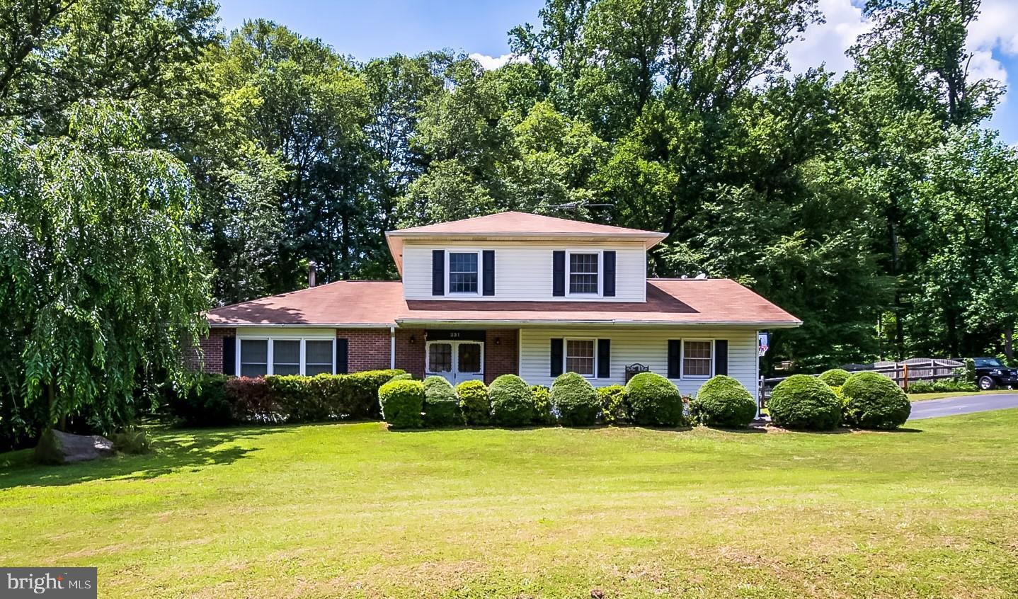 Well maintained home in the sought after neighborhood of Glen Farms. Beautiful colonial home offers