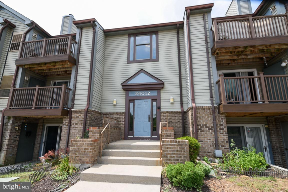 This beautiful ground level condo is move-in-ready! New flooring throughout (carpet and luxury vinyl tile), Freshly painted, New ceiling fan, New bathroom mirrors, New bathroom lighting fixture, New bi-fold closets doors throughout, Washer and dryer are only 2.5 years old, Freshly Painted kitchen cabinets. Heating & A/C replaced in 2015. Unit has an open floor plan with views to woods with a patio access and storage closet.  There are plenty of unassigned parking spaces for residents and guests.  This unit has a low condo fee of only $269/month and is located within minutes of local schools and downtown Damascus.