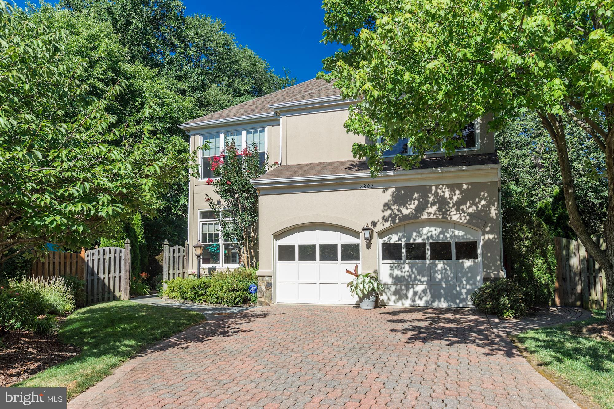 """Spacious, luxury living in the desirable Campbell's Landing community! This award-winning """"Cotswold"""""""