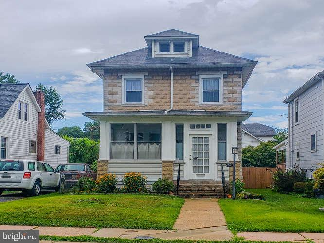 Darling home that's been shown a lot of love. This three bedroom two bath home has updated flooring