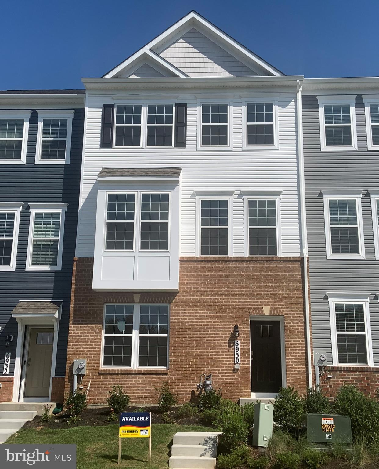 Brand new end unit townhome available for early fall delivery! This 3 level, 2,150 sq ft townhome ha