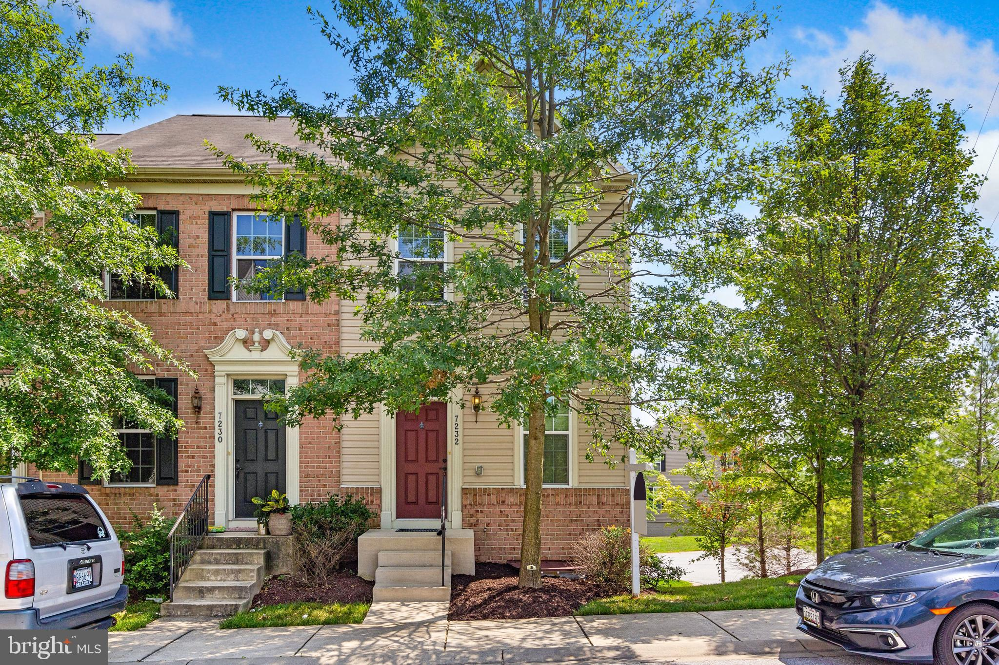 Well maintained end of group 2 bedroom, 2.5 bath and 1 car garage town home in the sought-after Howard Square Community. Main level features gleaming hardwood floors, living room, dining room, upgraded kitchen with granite counter tops, center island, stainless steel appliances and large maintenance free deck off of the kitchen. Upper level has large master bedroom with private master bath and spacious second bedroom and a second full bath. Lower level is fully finished with family room, powder room and access to the attached rear garage. This home is Conveniently located close to major commuter routes, I-95, Rt-100, 295, shopping, dining and entertainment. Don't miss this great opportunity!