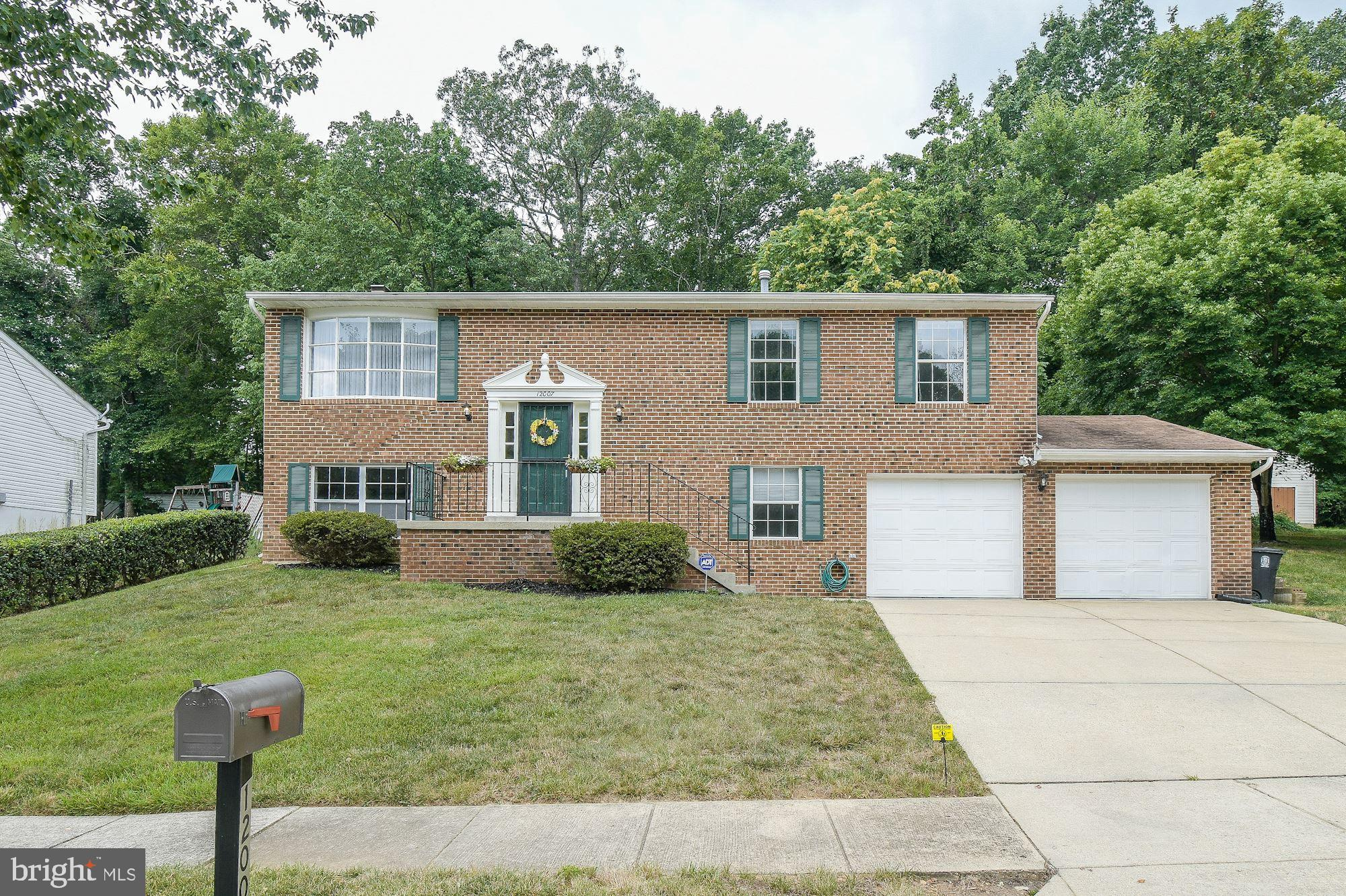 Buyer financing fell through.. Their loss could be your gain.... This home offers everything a buyer
