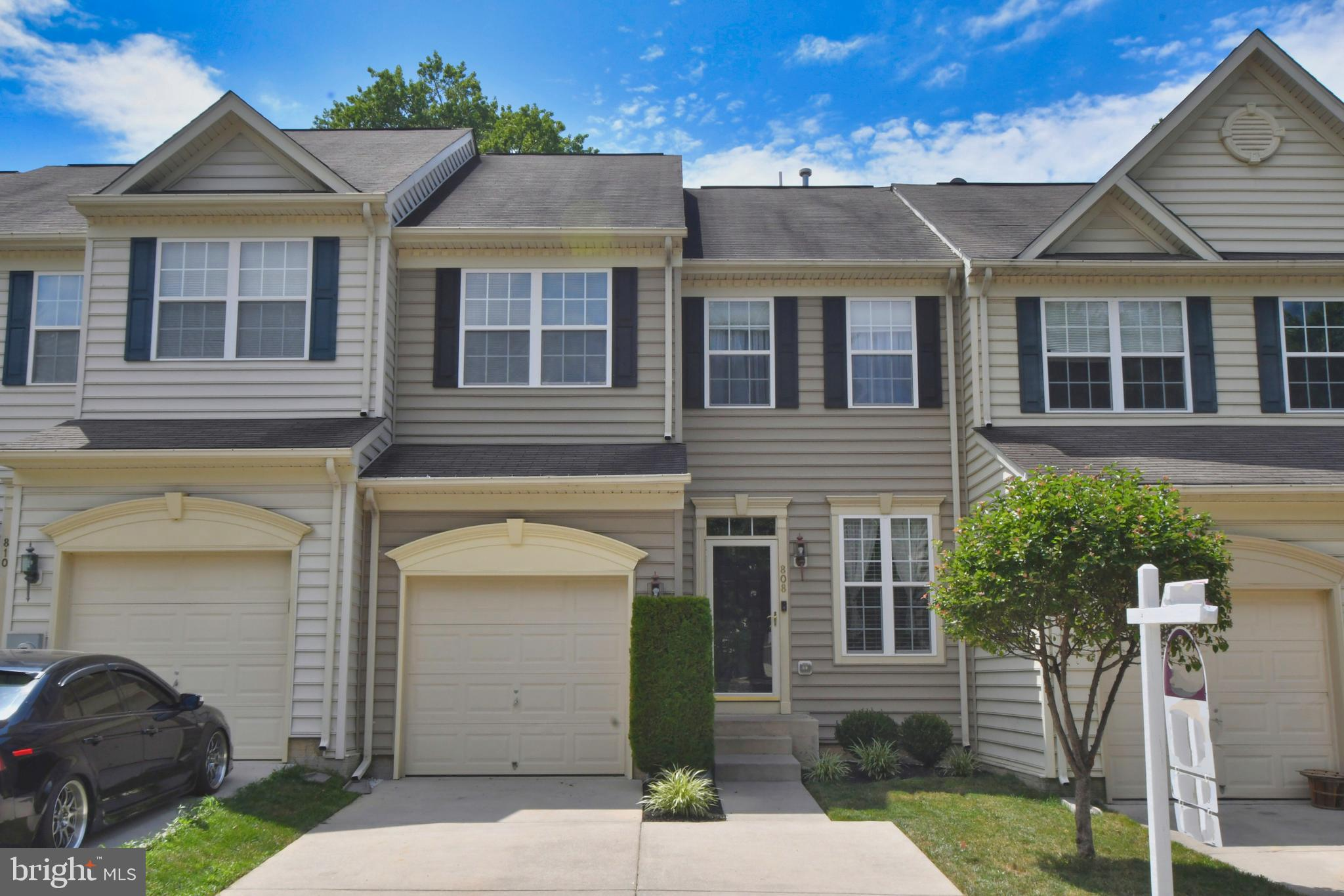 Welcome to 808 Rustic Ct! This well maintained, freshly painted, 3 BR, 2/1 BA townhome is move-in re
