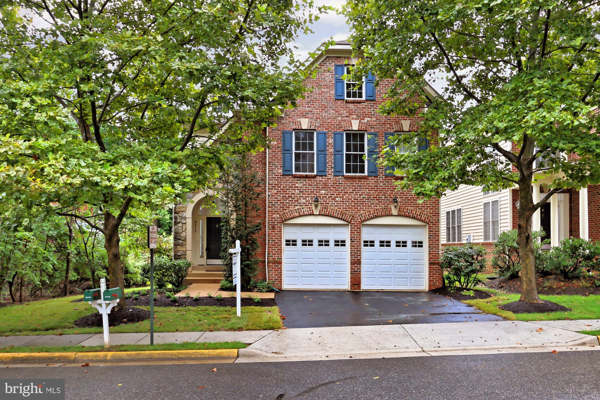 Beautifully updated 4 Bedroom/4.5 Baths: Updated Kitchen, Hardwood floors on Main level and Bedroom