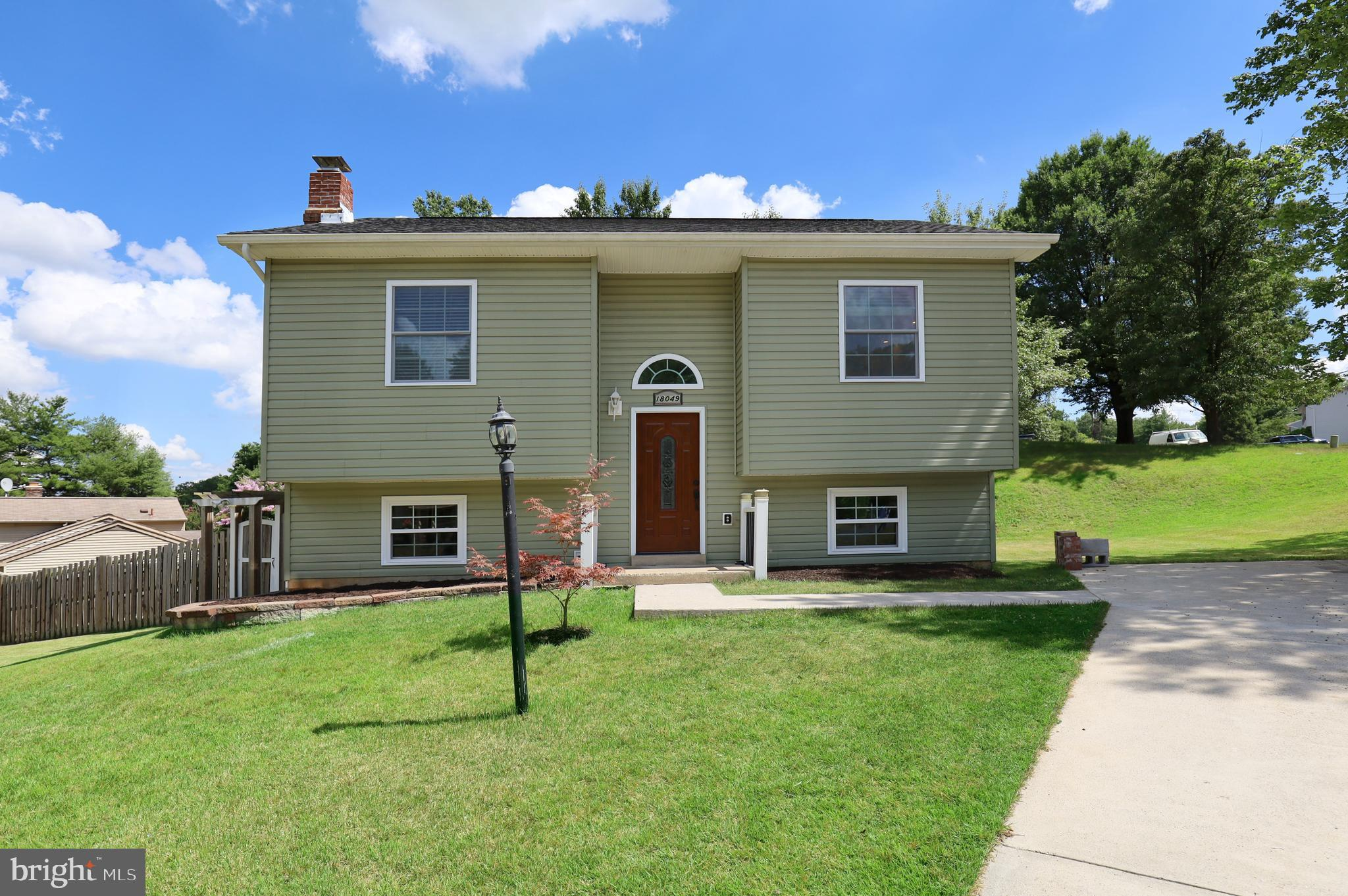 NO HOA!!  Lovely 4 -Bd  2 -BA Detached Home!  This gem offers:  HVAC replaced in 2017, Newer frame a