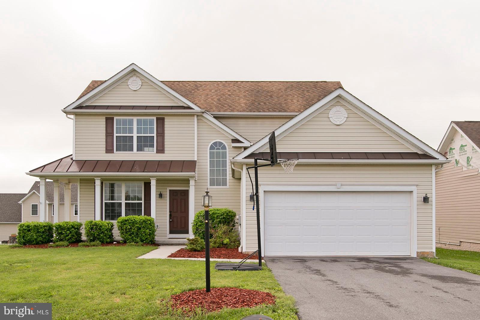 Immaculate Colonial home located in the sought-after neighborhood of Webber Springs! Features 9 ft c