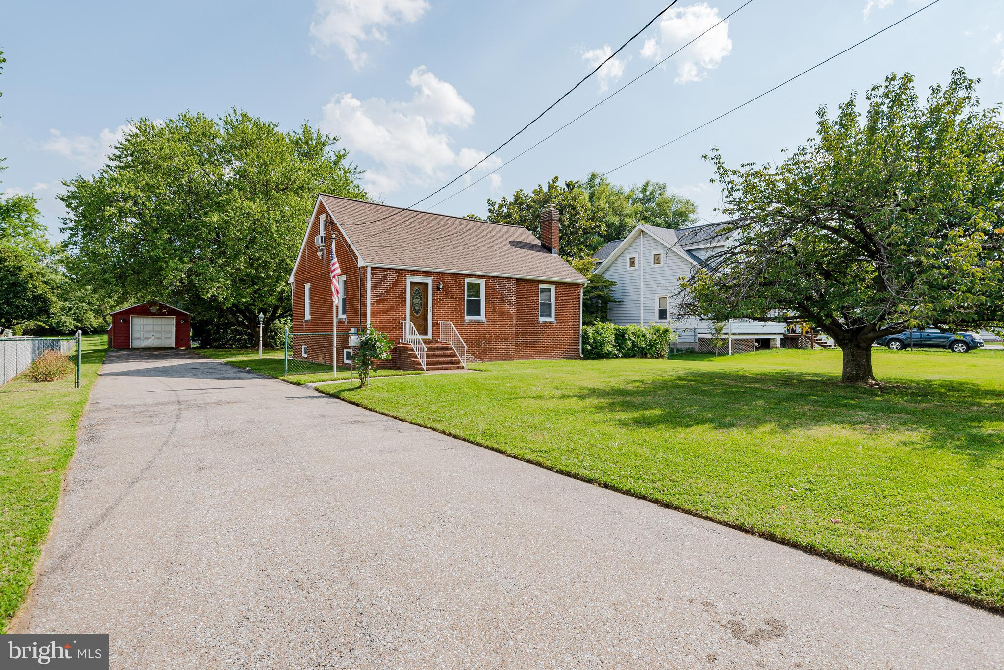 HUGE 1 ACRE PROPERTY !!!!  2240 SQUARE FEET OF LIVING SPACE!!!  RENOVATED HOME!!!  NEW ROOF!!!  NEW