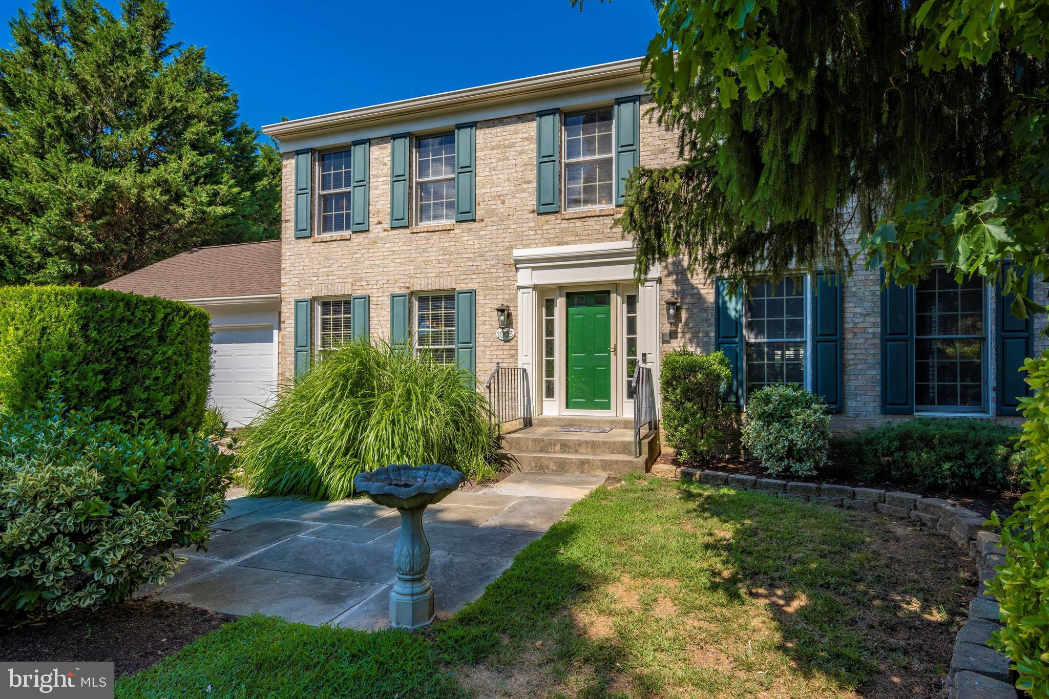 Must See! Move-in ready, Almost everything in this home is less than 5 years old. The main level off