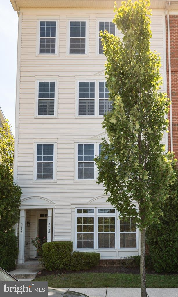 UPDATED,  EXPANSIVE, OPEN, and BEAUTIFUL! This 2600 square foot condo has it all! All new carpeting