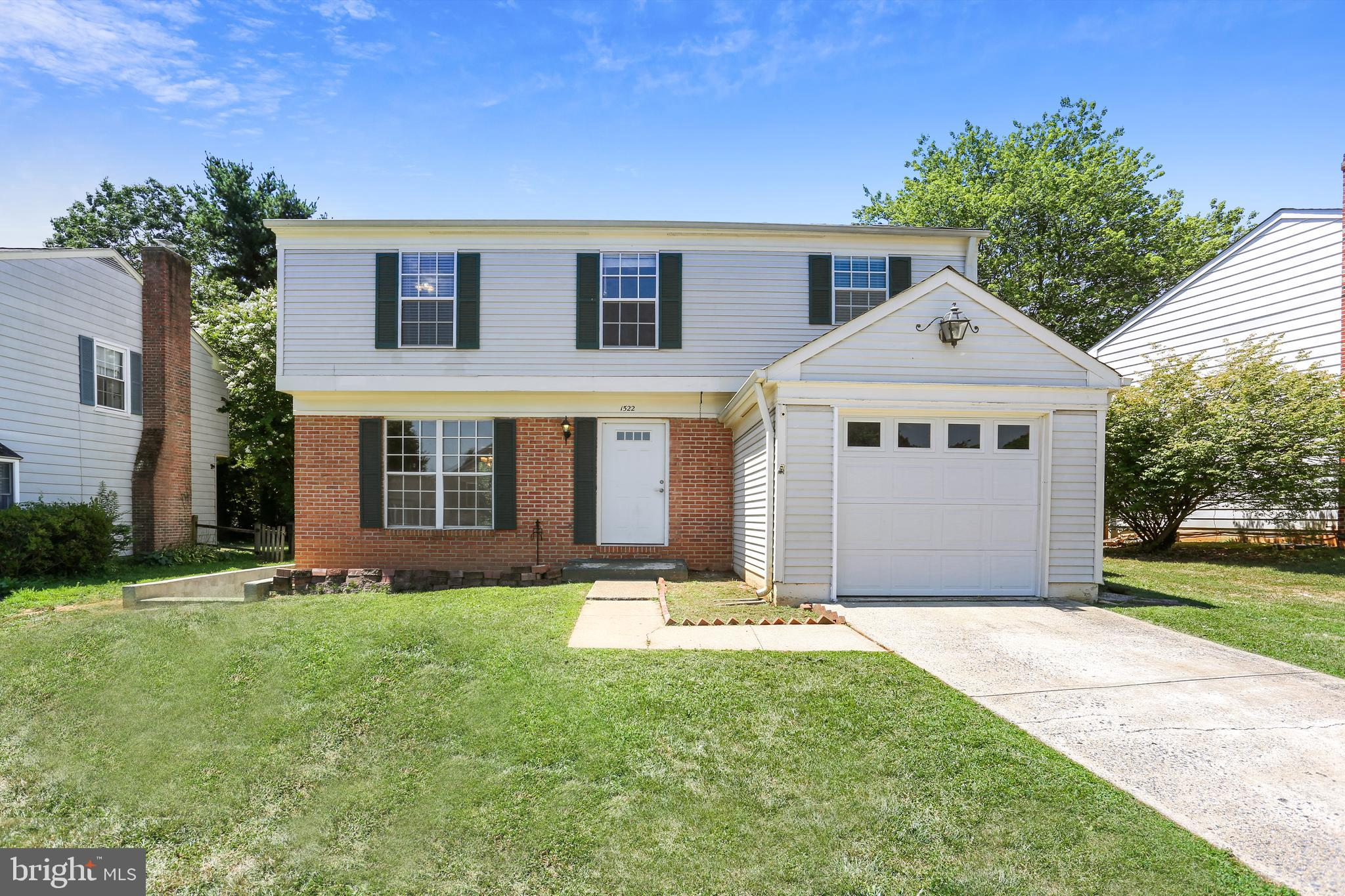 Welcome to this Bright & Spacious 5BD & 3.5BA single-family home located in the wonderful community