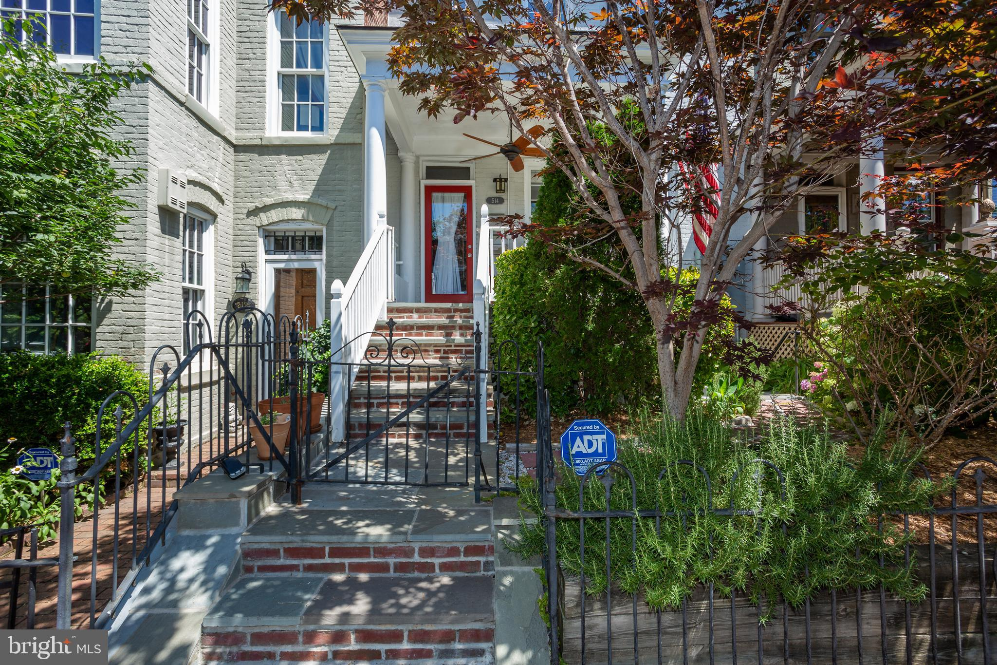 Made for entertaining! This beautifully remodeled 1912 rowhome has a beautiful large front porch ove