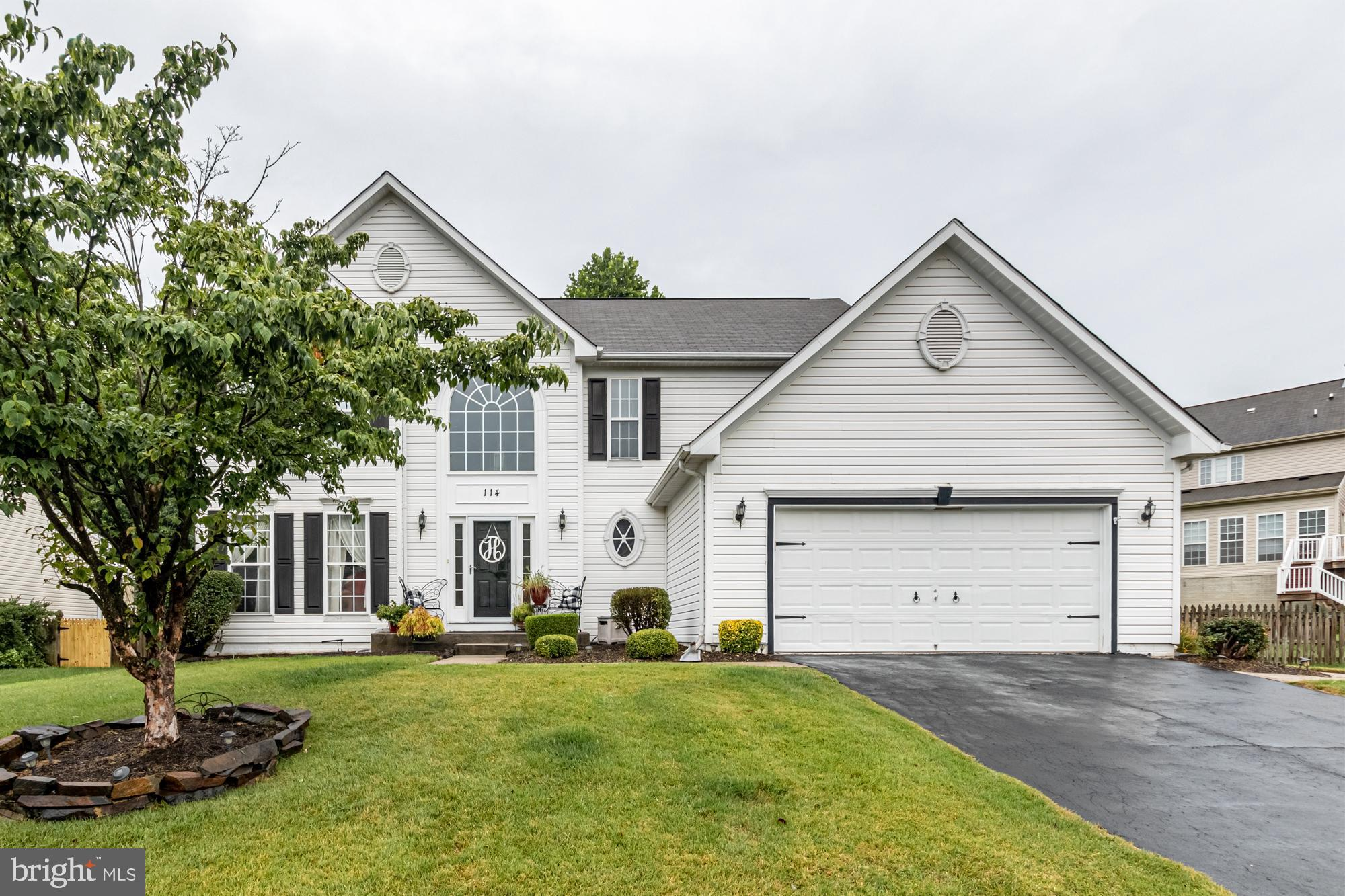 Come see this beautiful 4 Bedroom Colonial in highly sought after Gunpowder Neighborhood. Schedule y