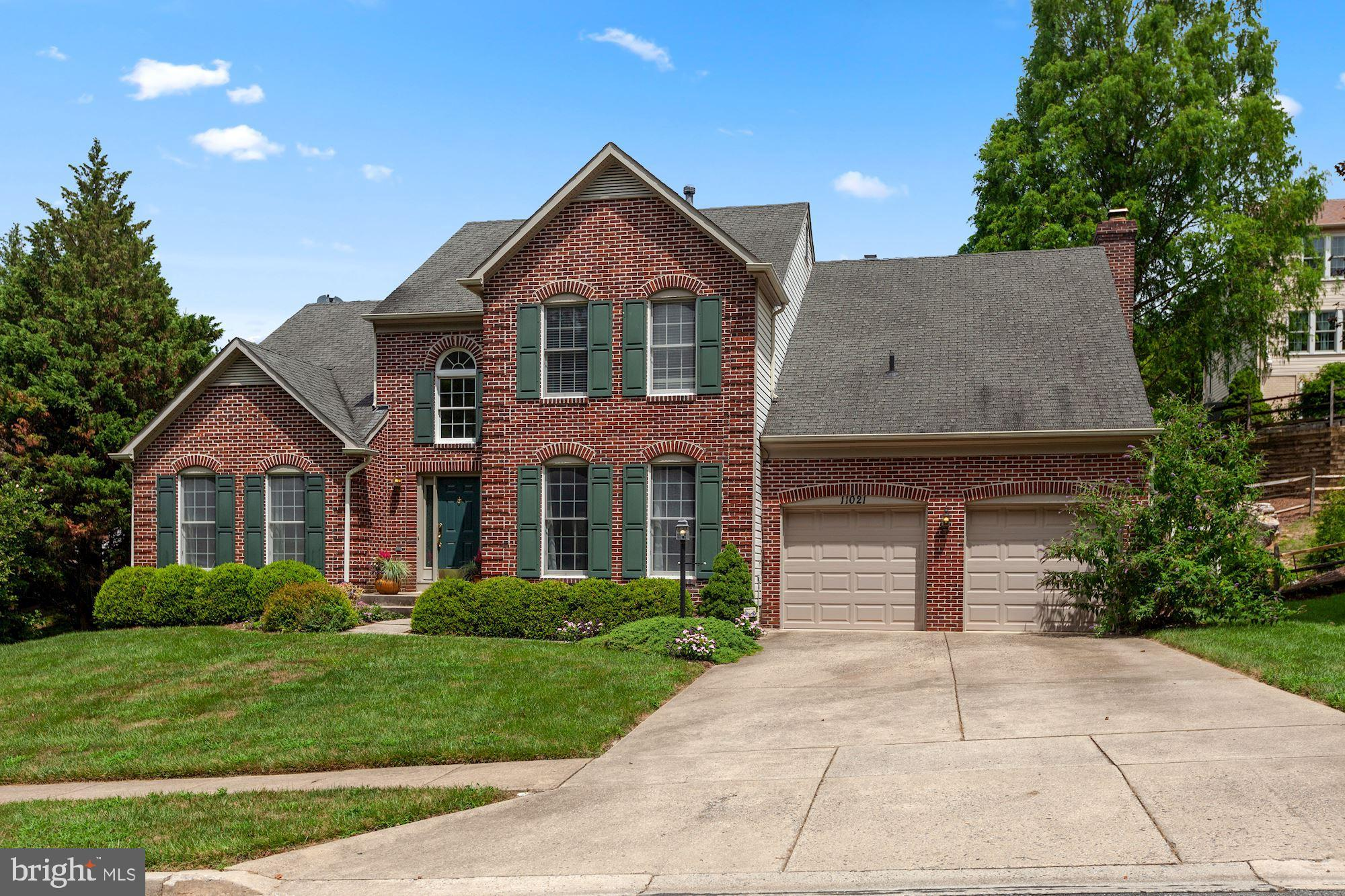 Welcome Home! This beautiful home has everything you need! Extensive renovations and custom decorati