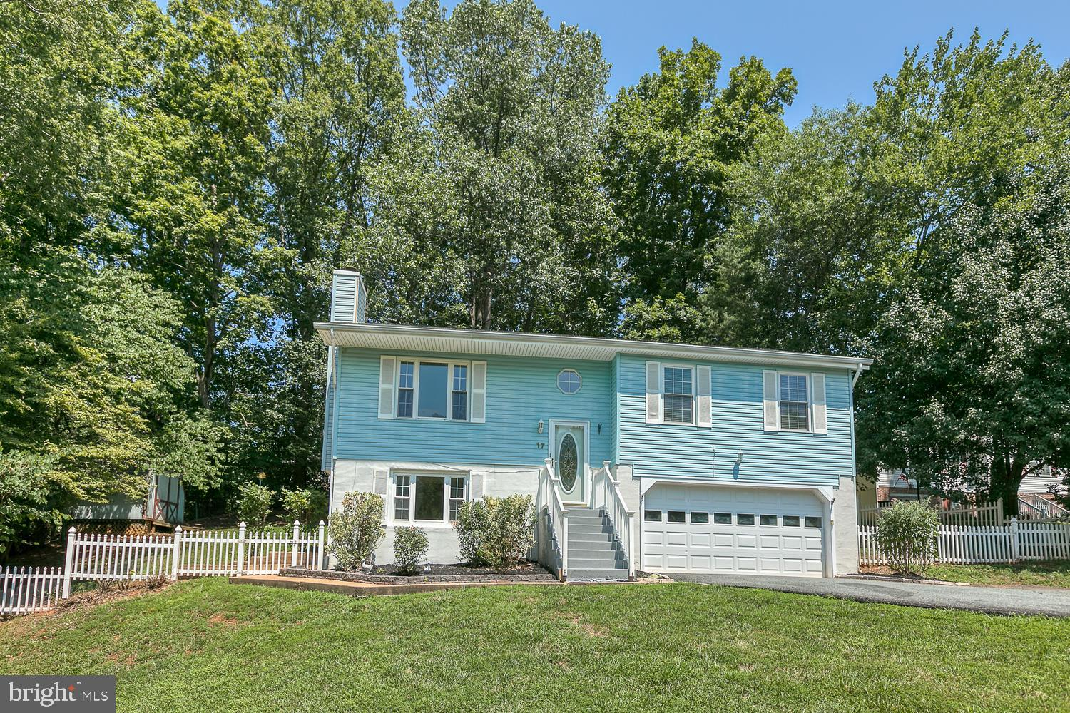 Welcome Home! North Stafford location close to commuter lots and I95 HOV with no HOA!  This lovely h
