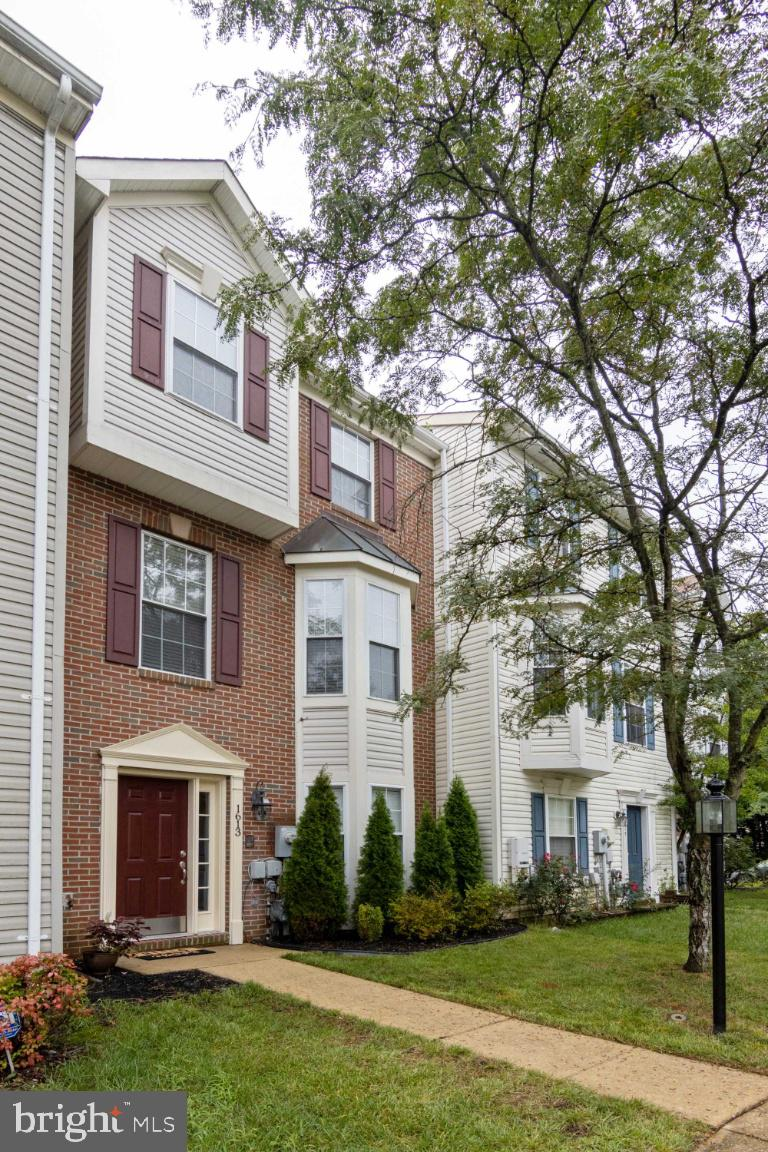 Welcome home to this lovely 4 bedroom, 3 full, 1 bath bath Townhouse over 2,200 sq ft!  Lower levels