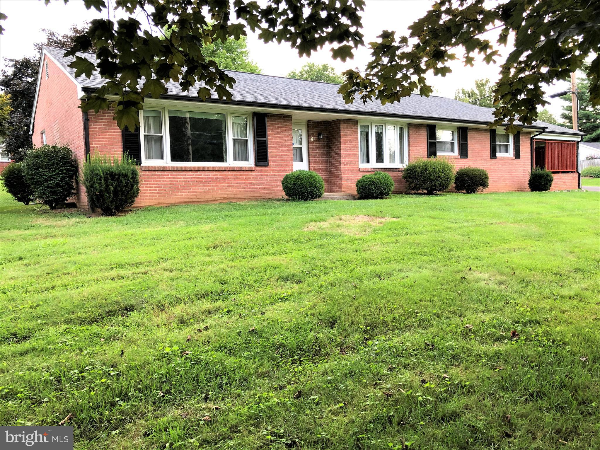 Excellent opportunity to own a classic custom built 4-sides brick and block main level living single