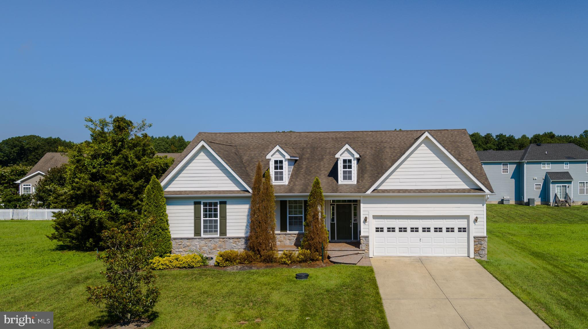 Great Home and ready for someone to make it their home, just a little TLC will take this diamond in