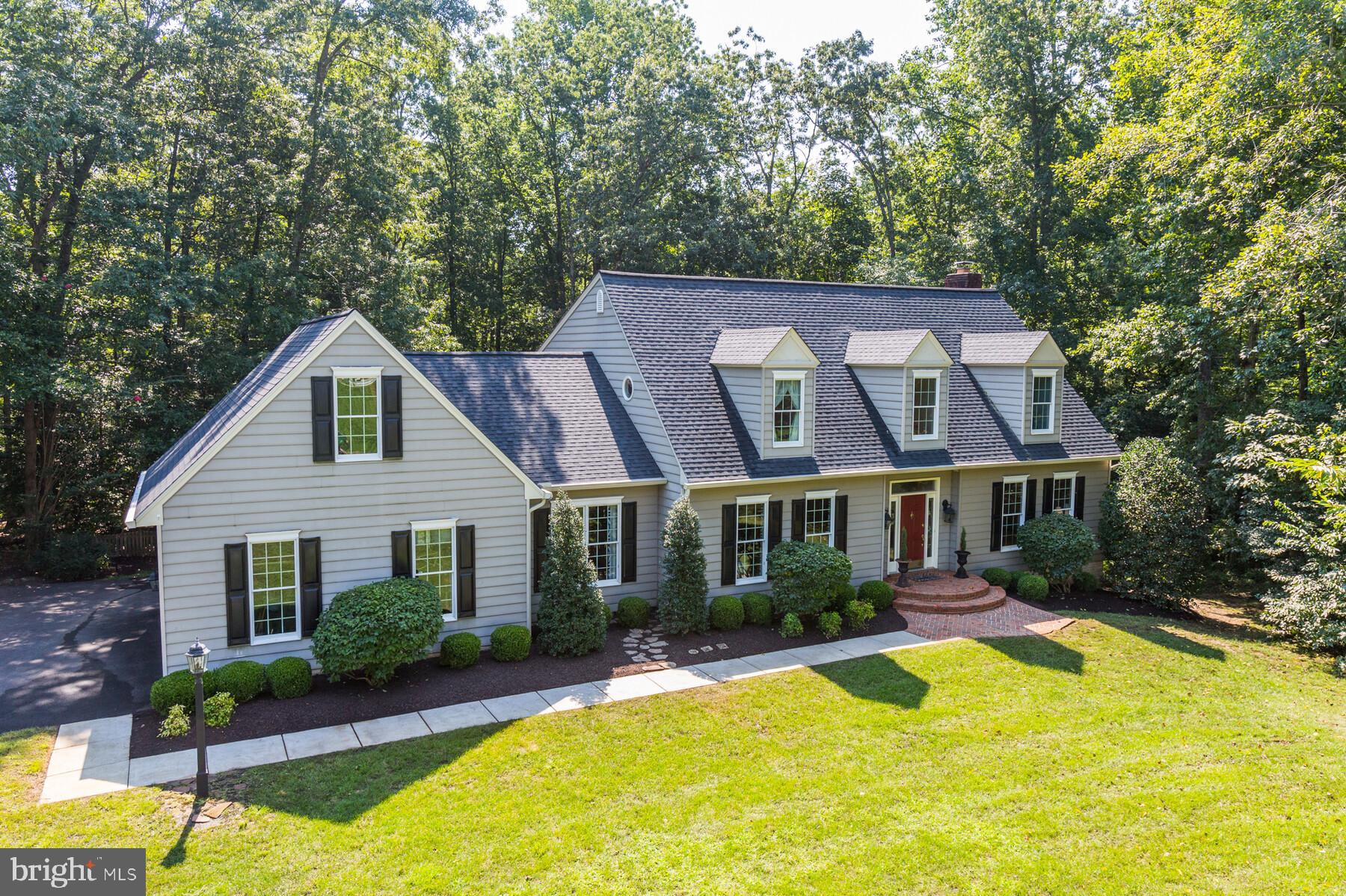 CASUAL ELEGANCE BEST DESCRIBES THIS BEAUTIFUL HOME IN THE SOUGHT AFTER COMMUNITY OF EAGLES PASSAGES.