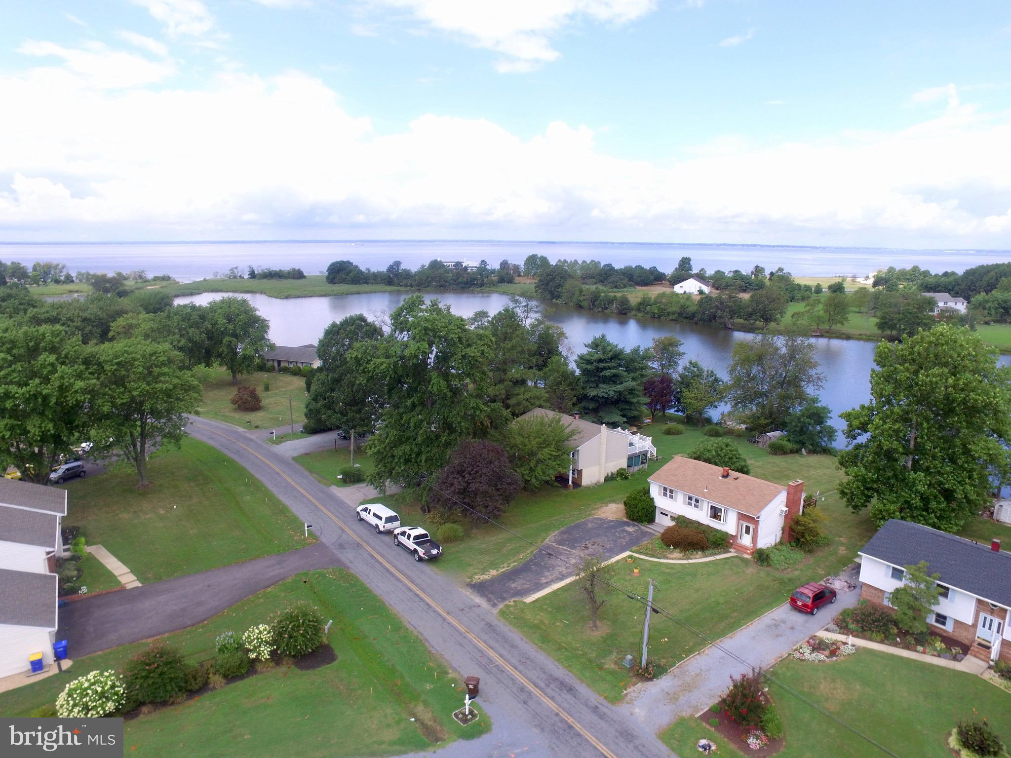 Great opportunity to buy this waterfront home and gain access to  all Tower Gardens has to offer. Ho