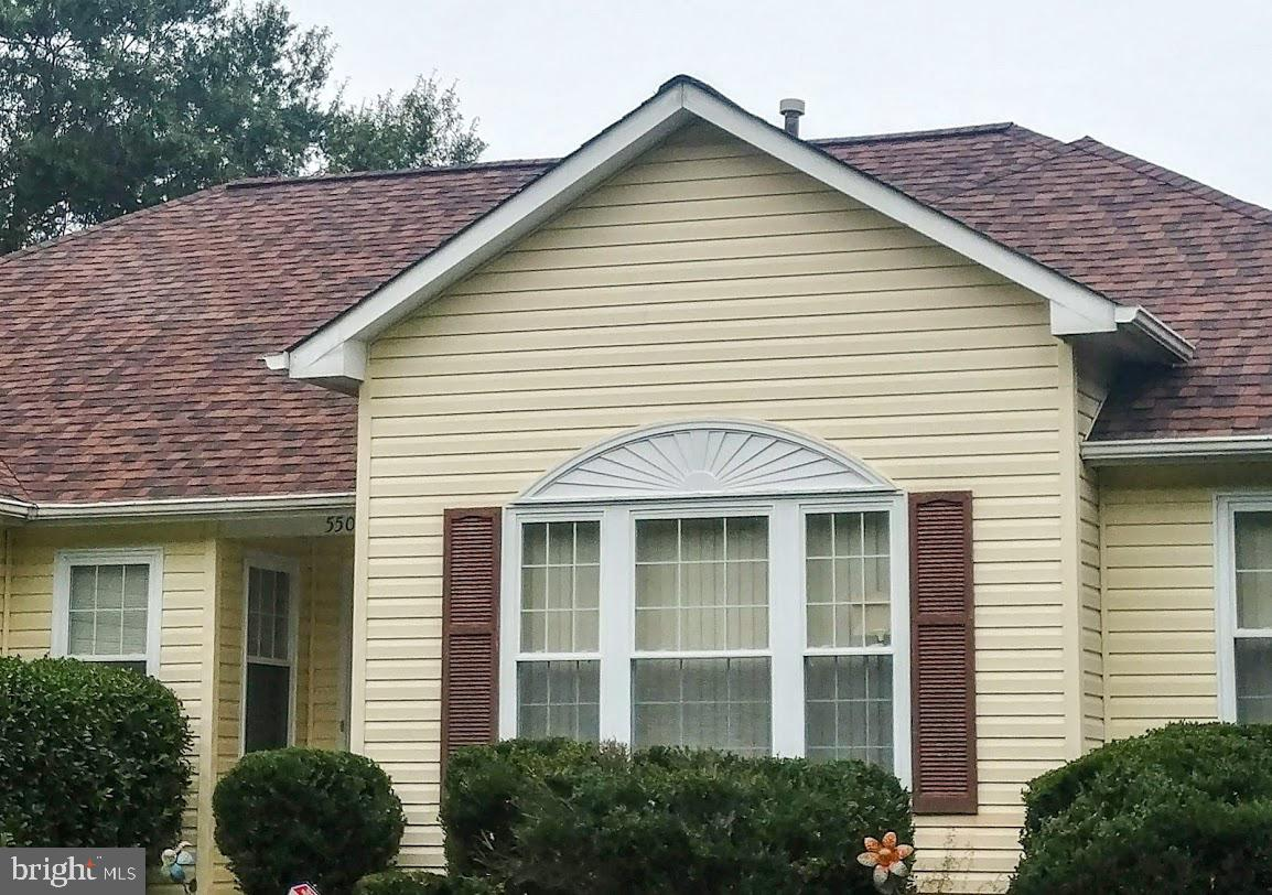This is the home you been looking for!!!!  This spacious home offers plenty of space and more all lo