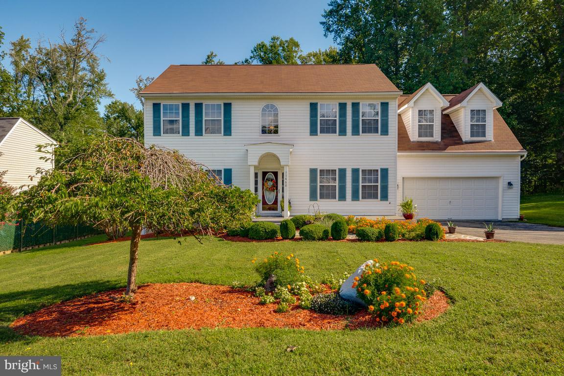 OPEN HOUSE SUNDAY, SEPT. 27, 2020 from 12pm - 2pm. Welcome Home! This charming colonial in Waldorf,