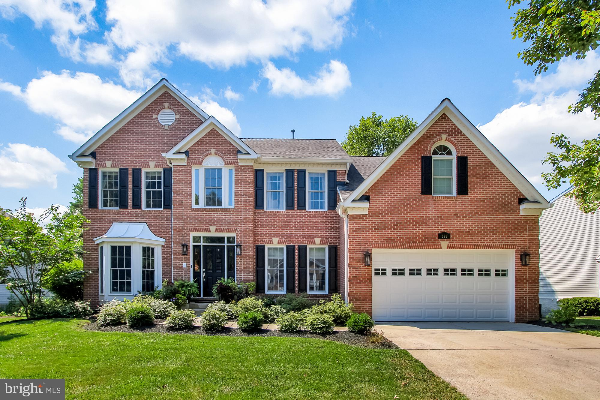Absolutely Gorgeous 5 Bedroom 3.5 Bath Brick Front Colonial in Kings Charter, situated on a quiet tree lined lot.   Loaded with updates - windows, door, flooring, paint, Roof 2012, recessed lighting, mudroom, laundry room, mater bedroom, master bathroom, flooring, molding, the list goes on! Truly a must see.  Don't miss out on this incredible home!