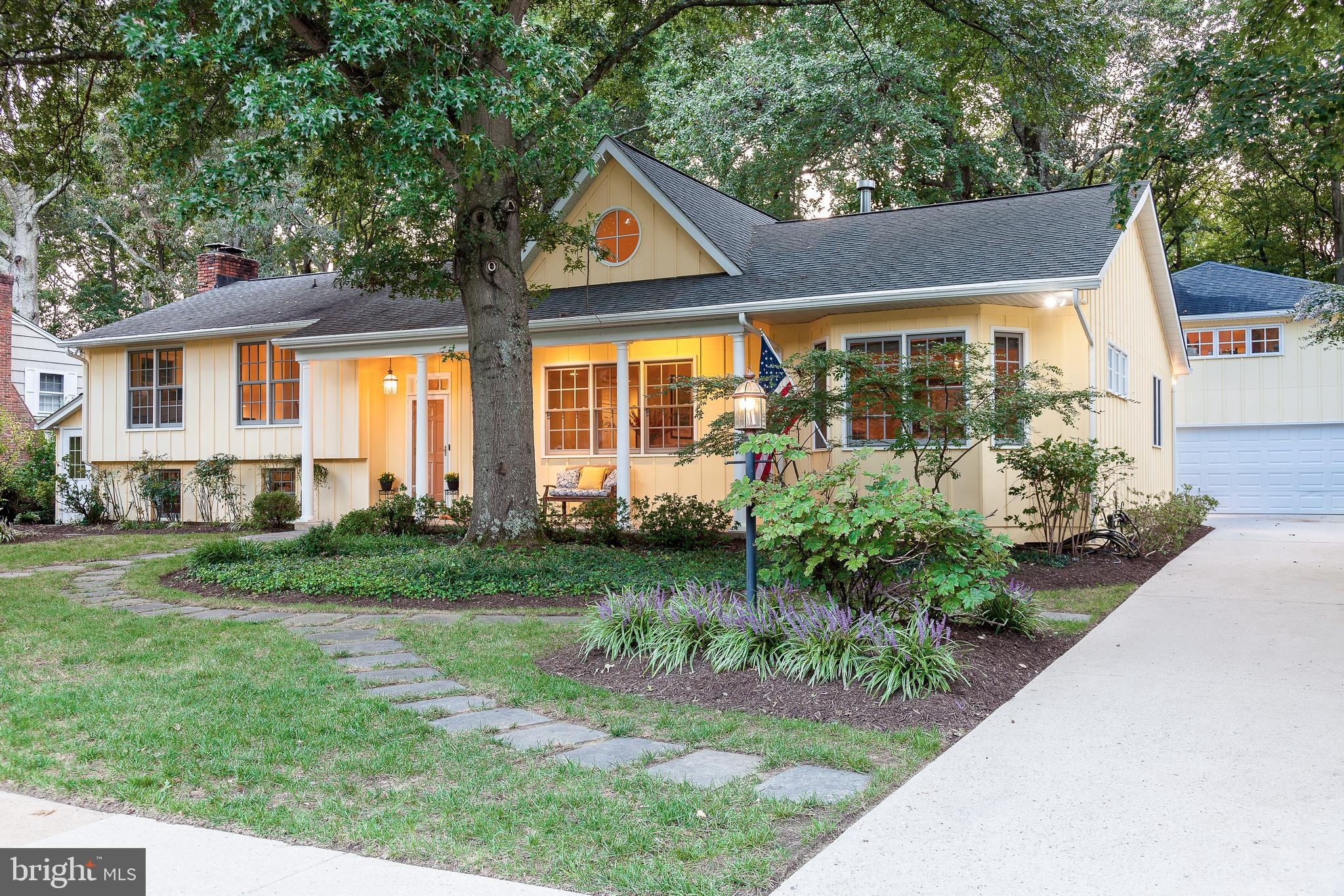 Nestled in between Wild Rose Shores and Harness Creek is one of Annapolis's best kept secrets. Homes