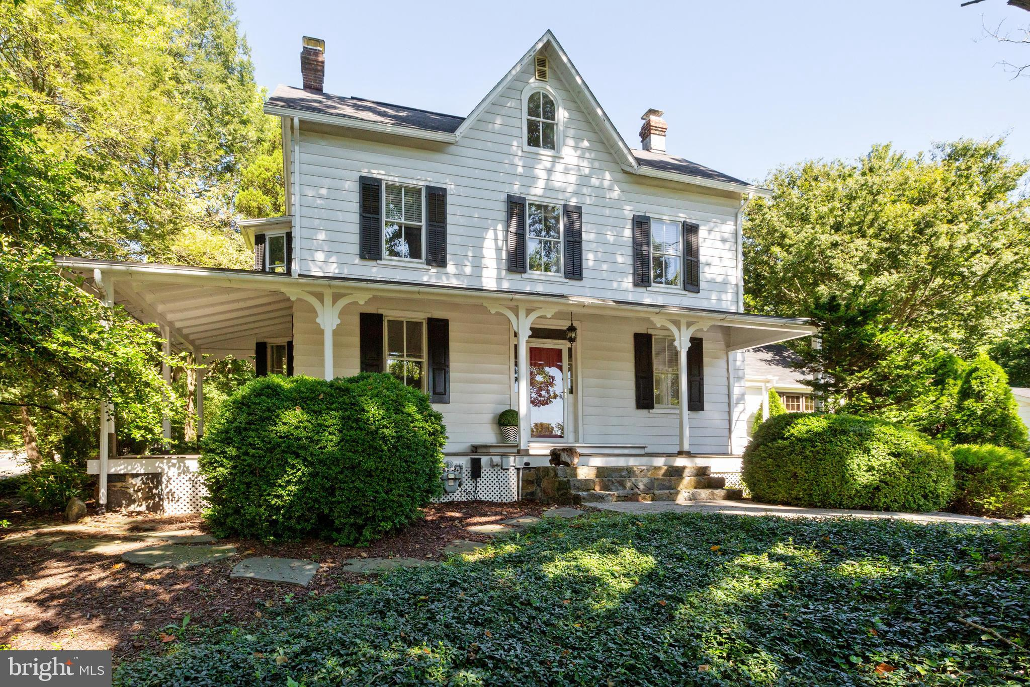 Historic charm with modern conveniences in this beautifully renovated 6 bedroom 2.5 bath farmhouse!!