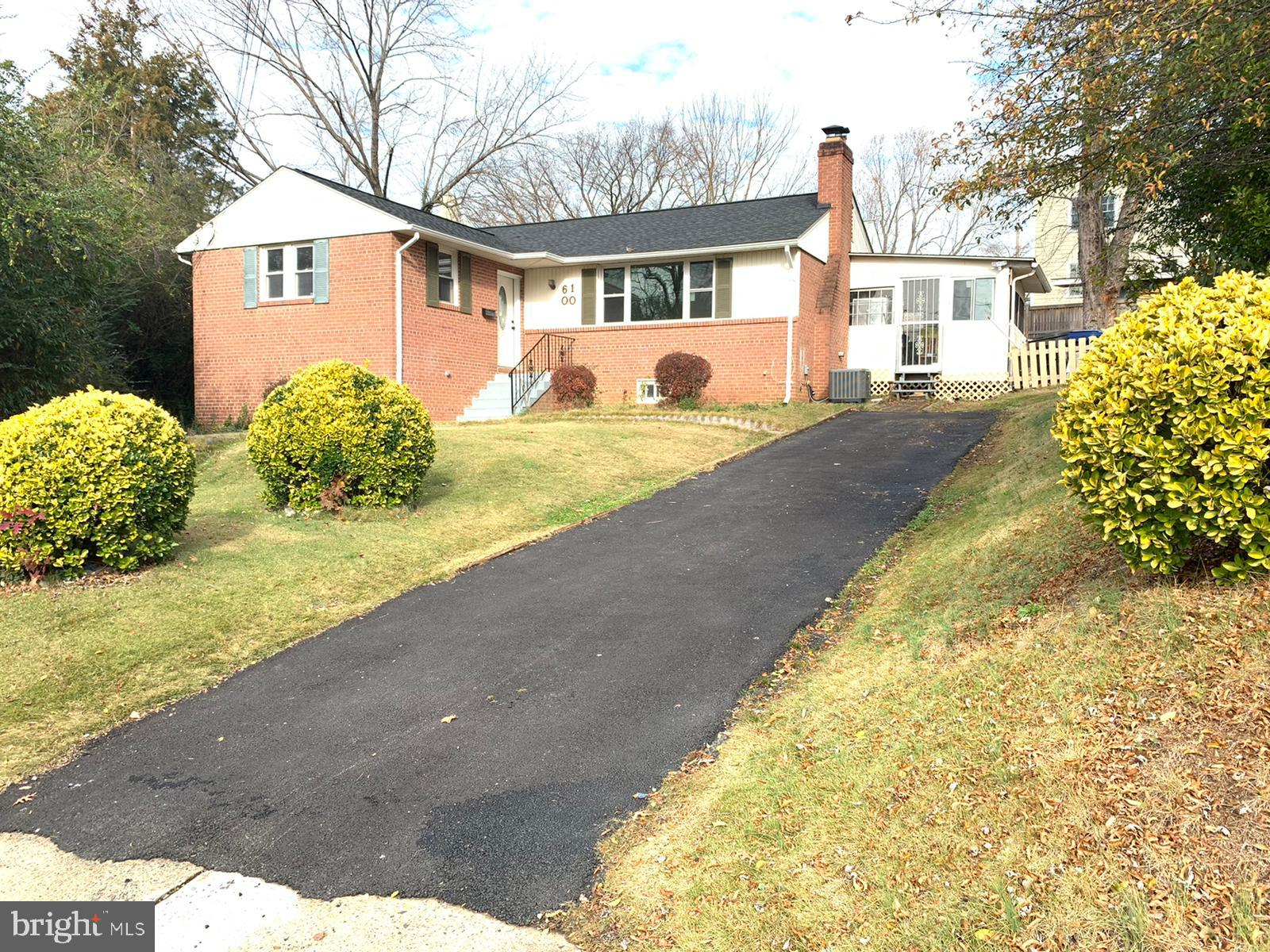 !!! Reduced 10K !!!! NO HOA !!! Fully renovated !!! Fully finished walkup private basement !!! Many