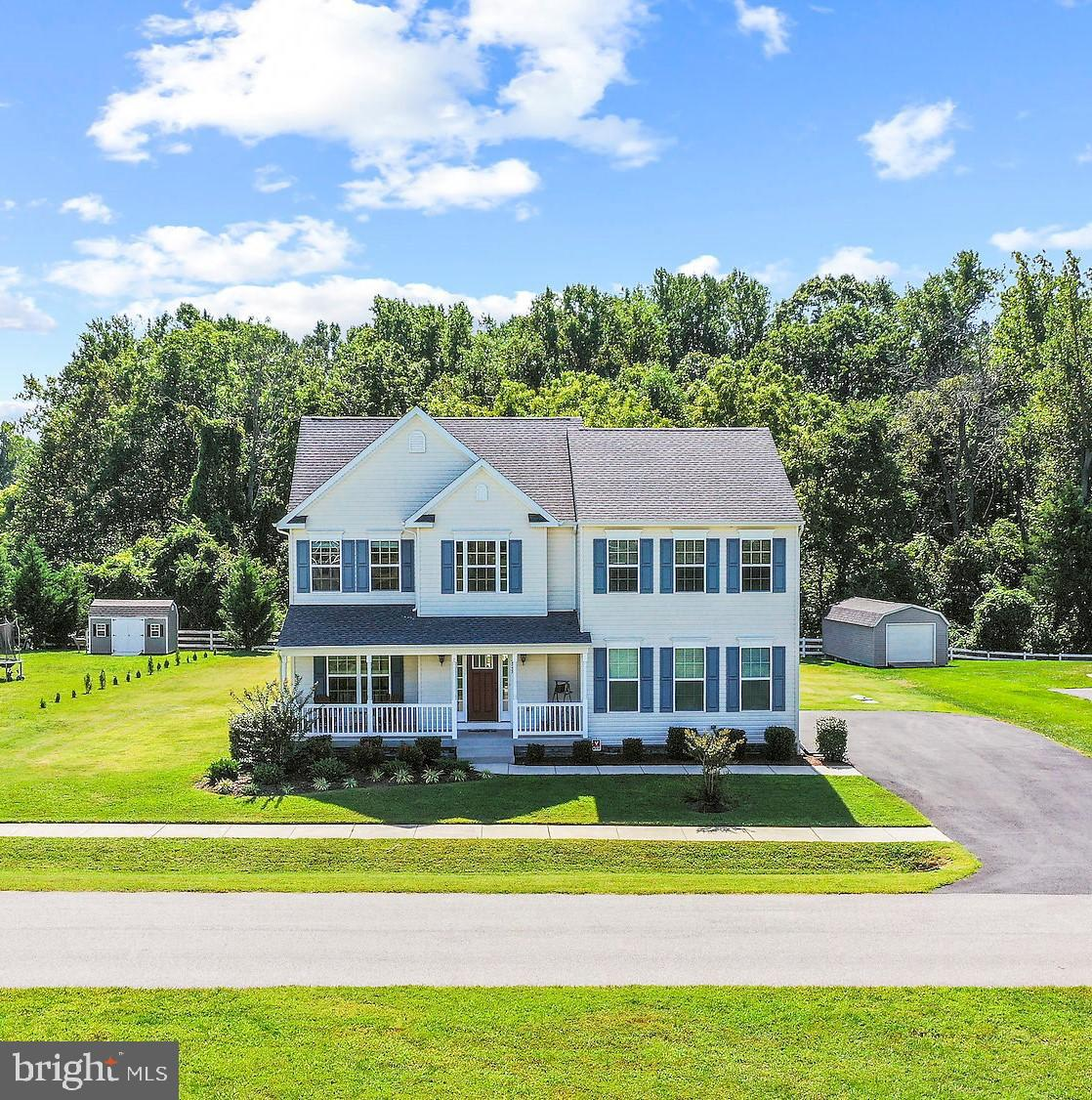 You will fall in love with this charming home! Stunning entrance with gorgeous floors!  Gourmet kitc