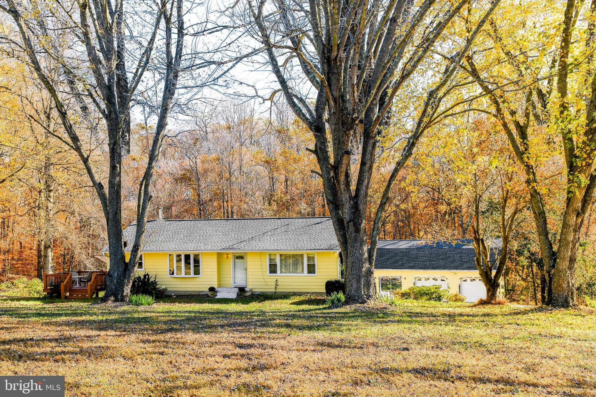 Back on the market! Farmette Alert!! Perfect for small chickens, goats and horses!  Great Rancher in