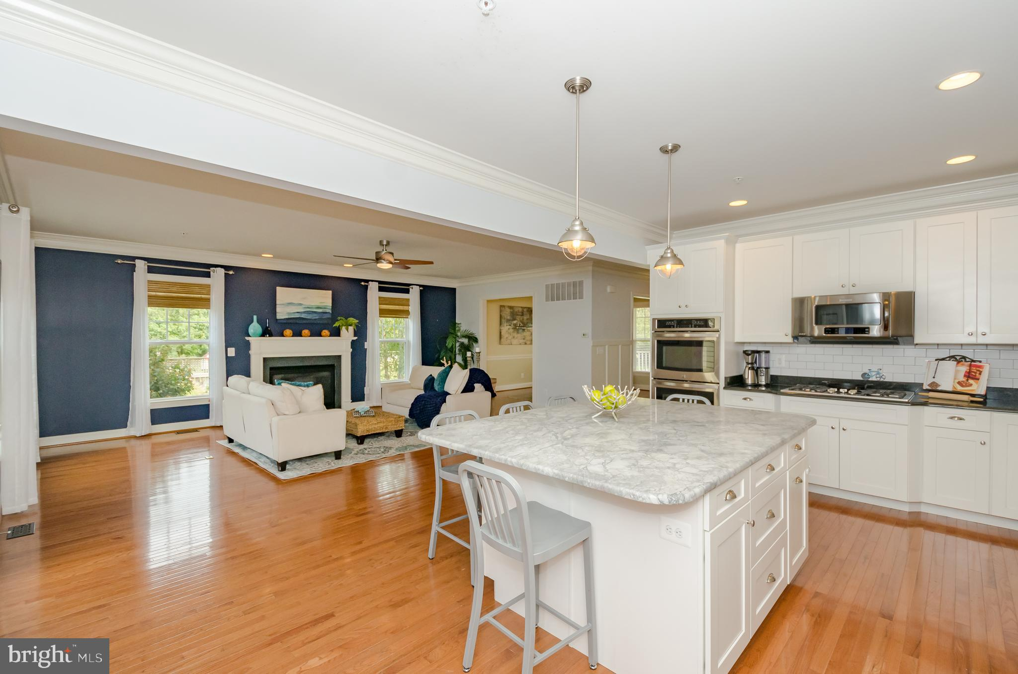 This Hartley model still feels like a model with all the features you love, plus some! This home is