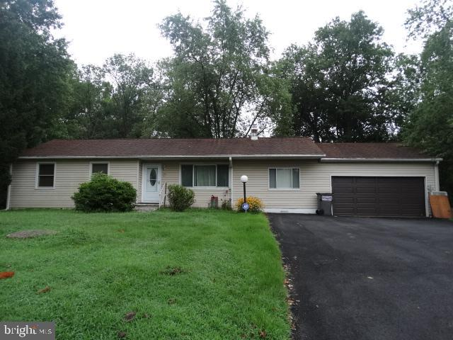 AUCTION-ON SITE-SEPTEMBER 24 @ 6:00PM,  4 Bedrooms, 2 Bath, Kitchen,  Dining & Living Rooms,  Rear D