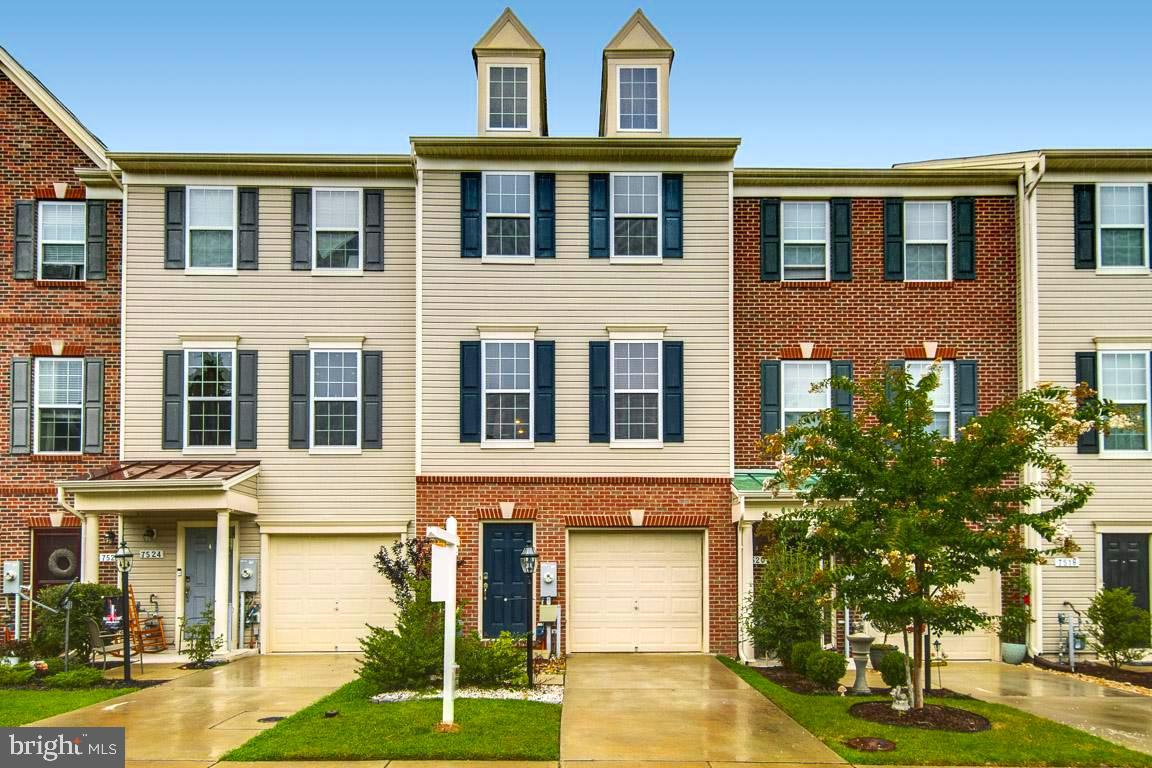 The Pointe at Tanyard Springs is part of the popular Tanyard Springs Community in Glen Burnie! Townh
