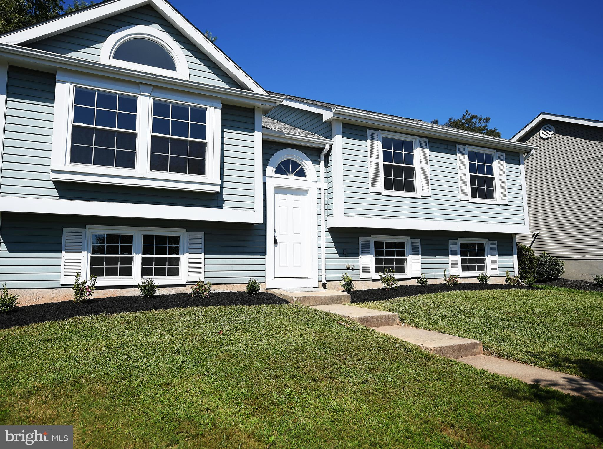 SPECTACULAR HOME IN THE PATTERSON MILL SCHOOL DISTRICT!! This home will not last in well established