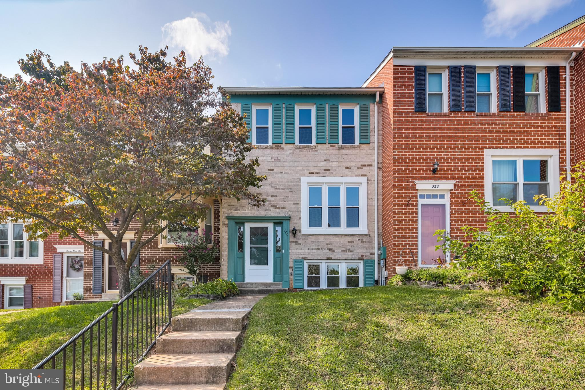 MOVE RIGHT INTO THIS STUNNING 4 BEDROOM, 2.5 BATH HOME IN SOUGHT AFTER MOUNT AIRY. RECENT UPDATES TH