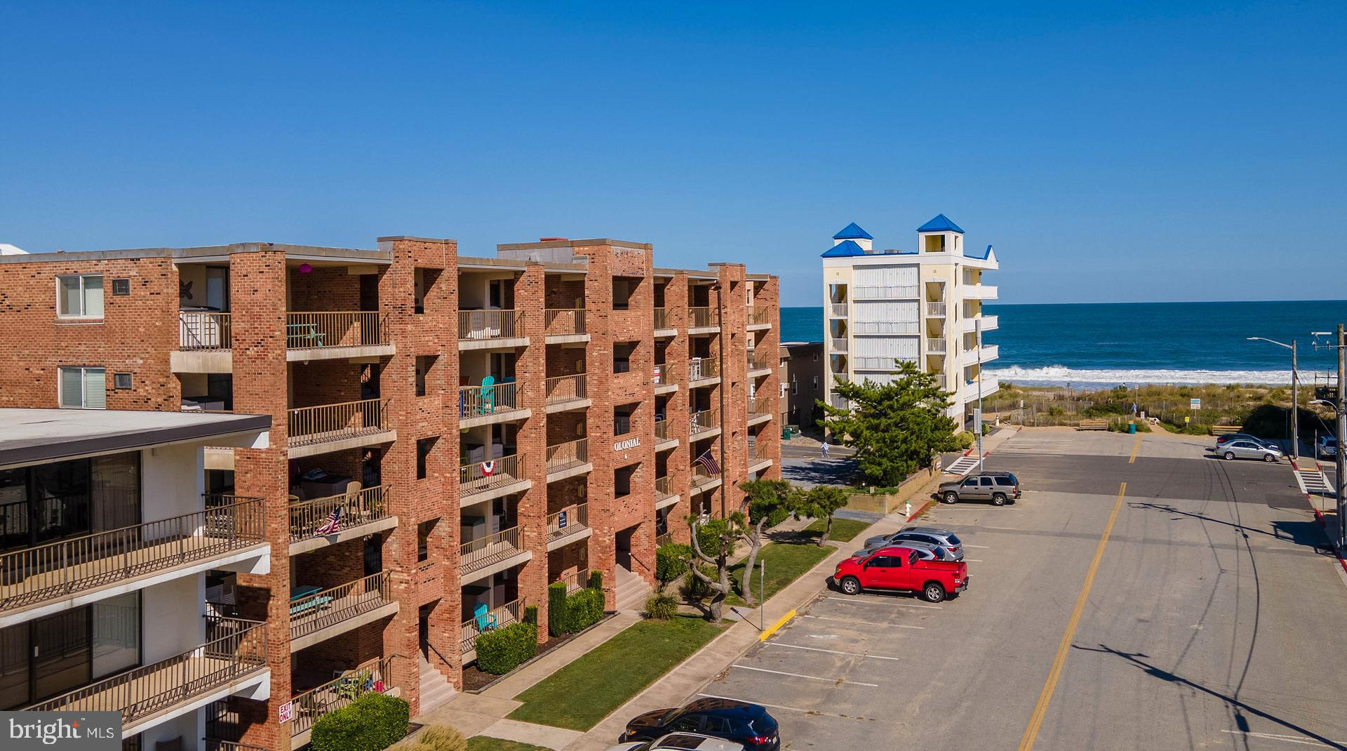 This is the condo you've been waiting for!  This perfect beach condo is located in desirable North O