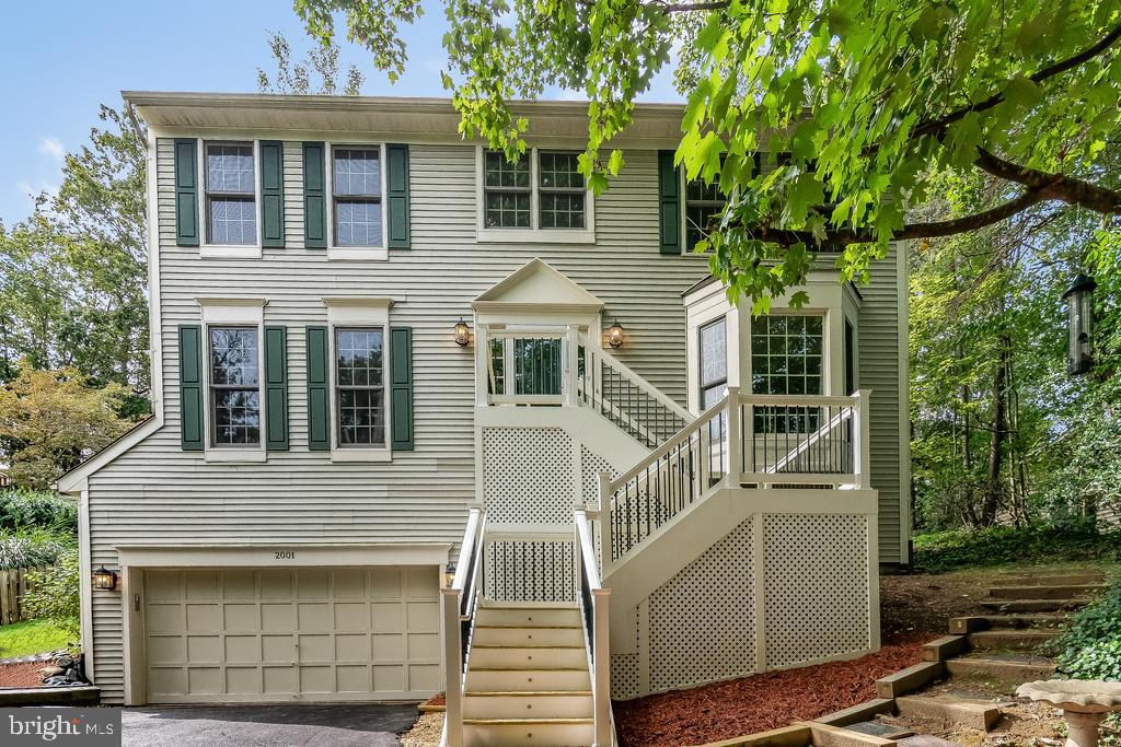 **SEE OUR INTERACTIVE 3D WALKTHROUGH VIDEO**  Very Well Maintained 4BR, 2.5BA, 3 Level Colonial in A