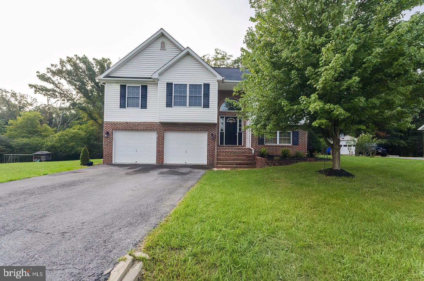 Welcome home just in time for the holidays!  3 bed/2.5 bath on almost a half acre (.45) that backs t