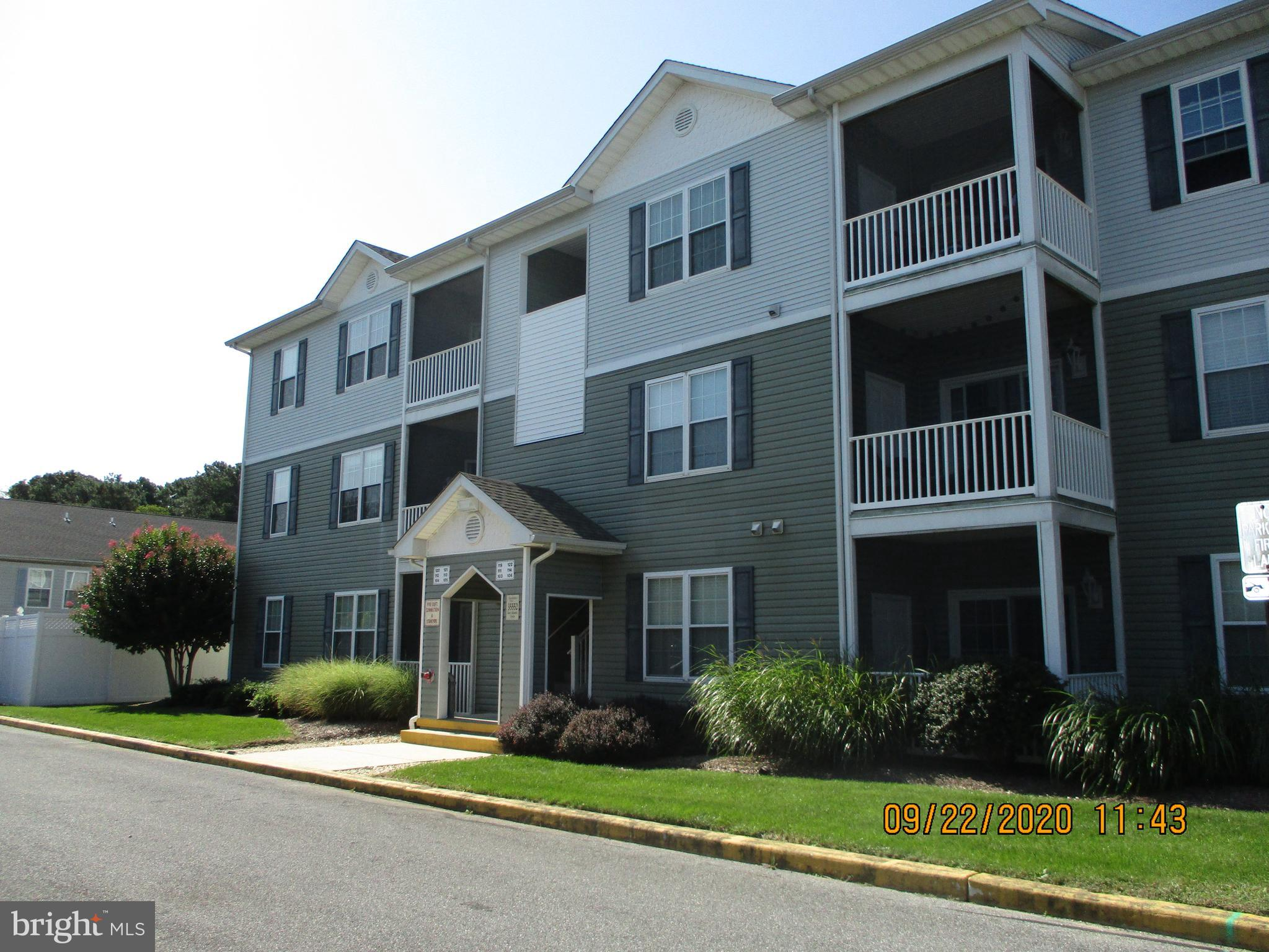 Get this one while you can. Spacious updated 2nd floor condo in Sandpiper Villages Condo's East of C