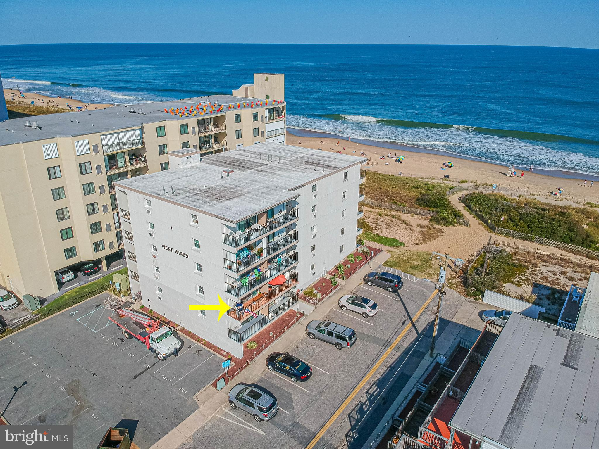 Beautiful Updated Unit WITH great Ocean Views. West End unit facing south. Close to Shopping, Restau