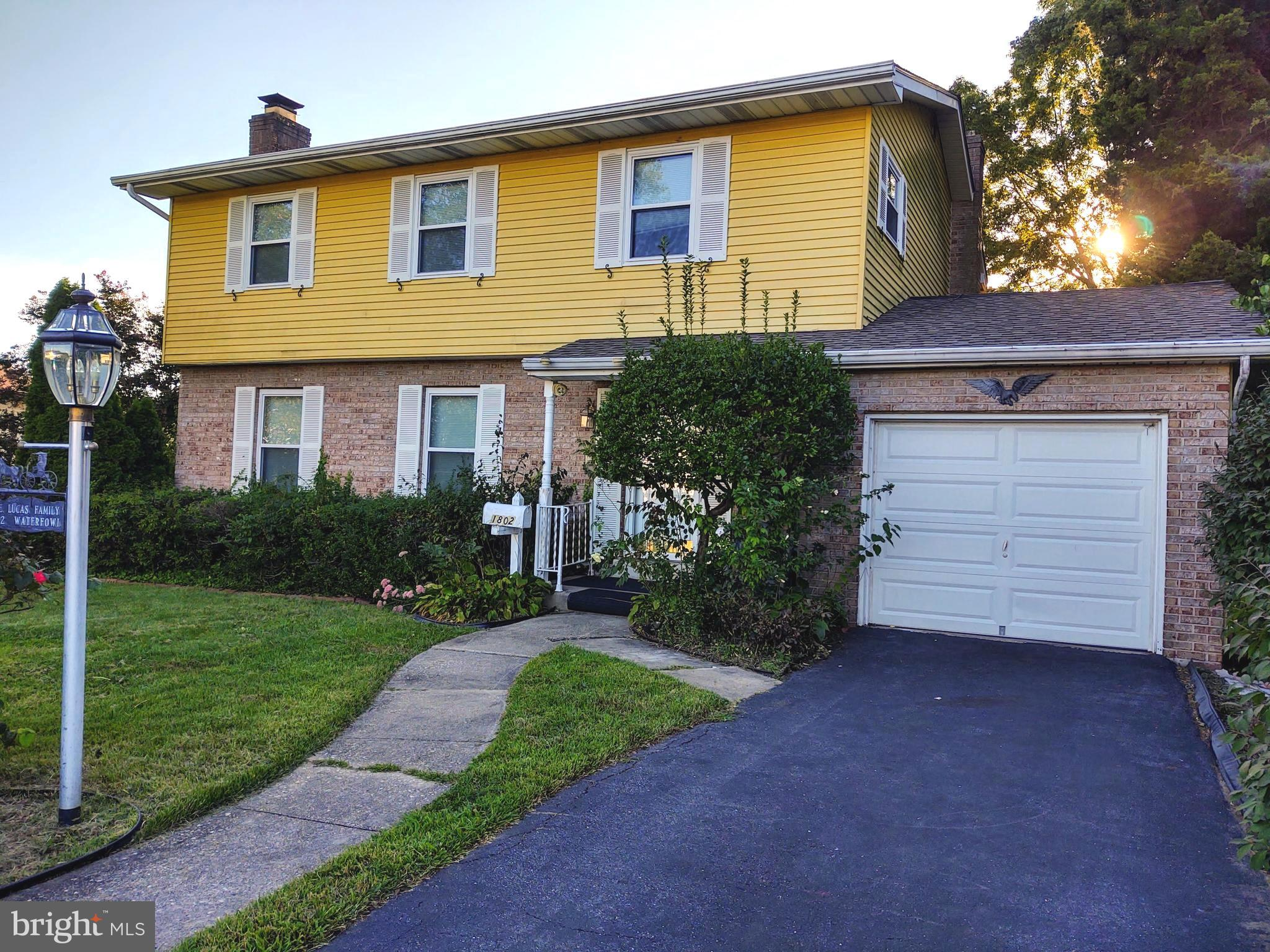 This home will make a great home for a growing family!   4 bd/2.5ba home with full basement.    Tile